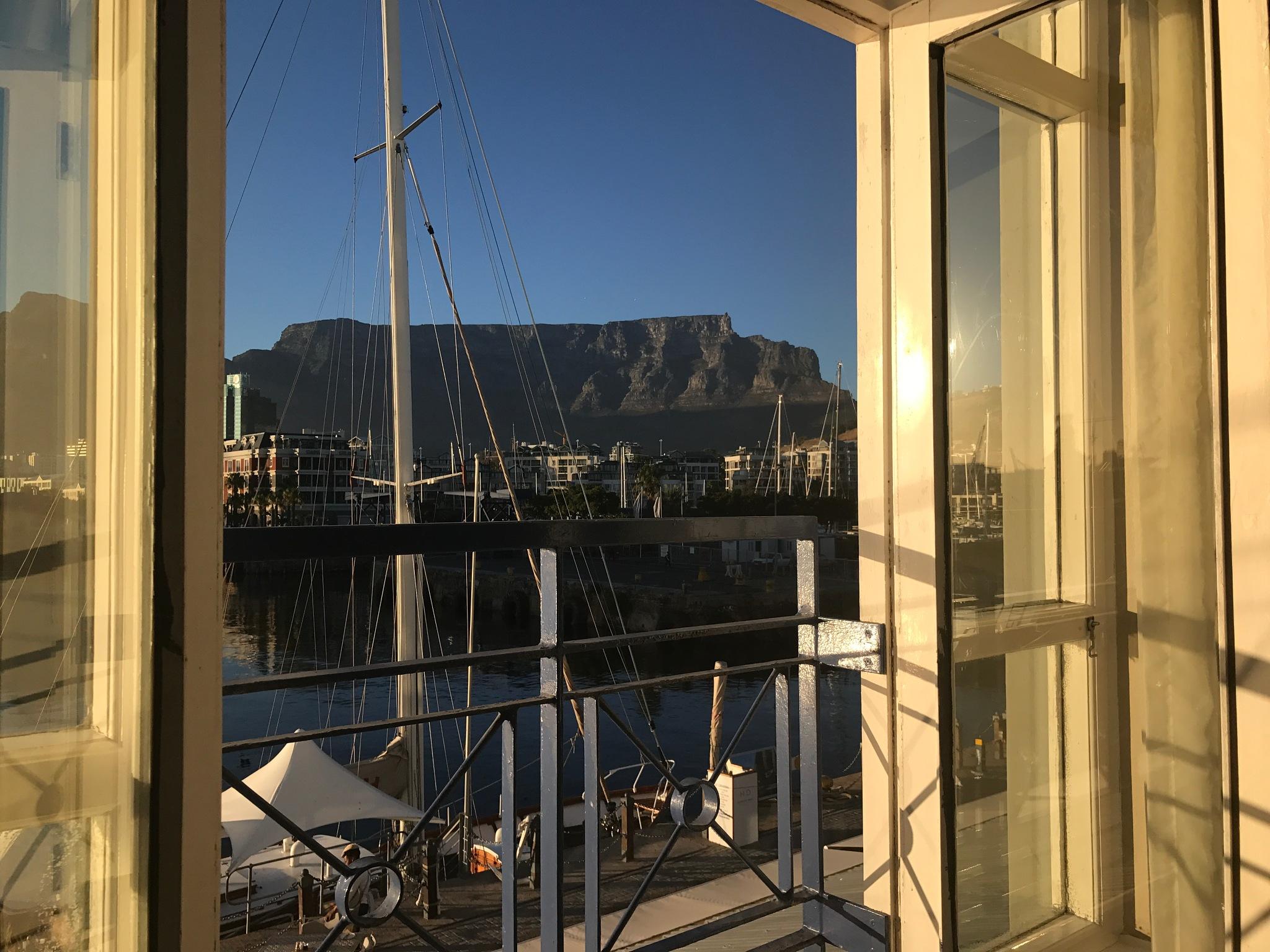 Table Mountain by Tinanina