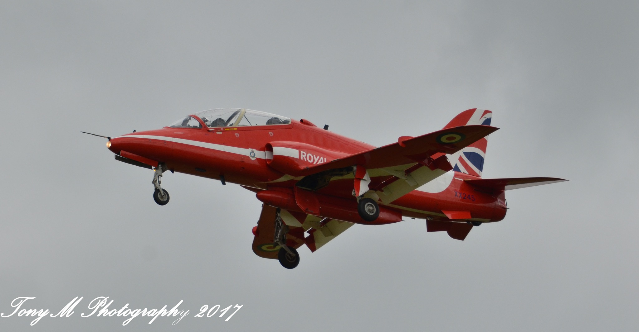 Red Arrow returning from Scarborough by tony1954 Tonymphotography