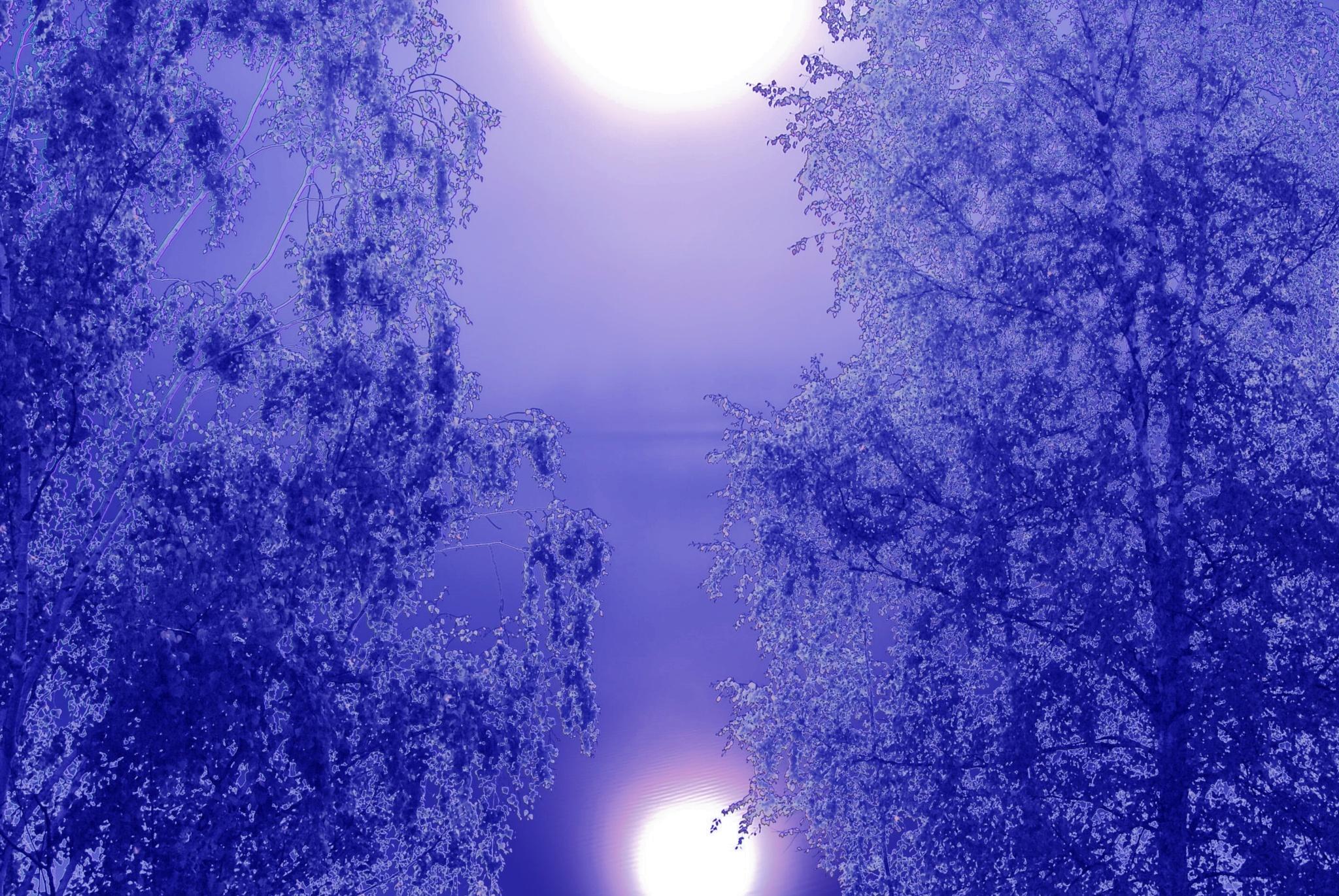 """The sun or the moon ? """"Aurinko vai kuu?"""" by laura.kamil"""