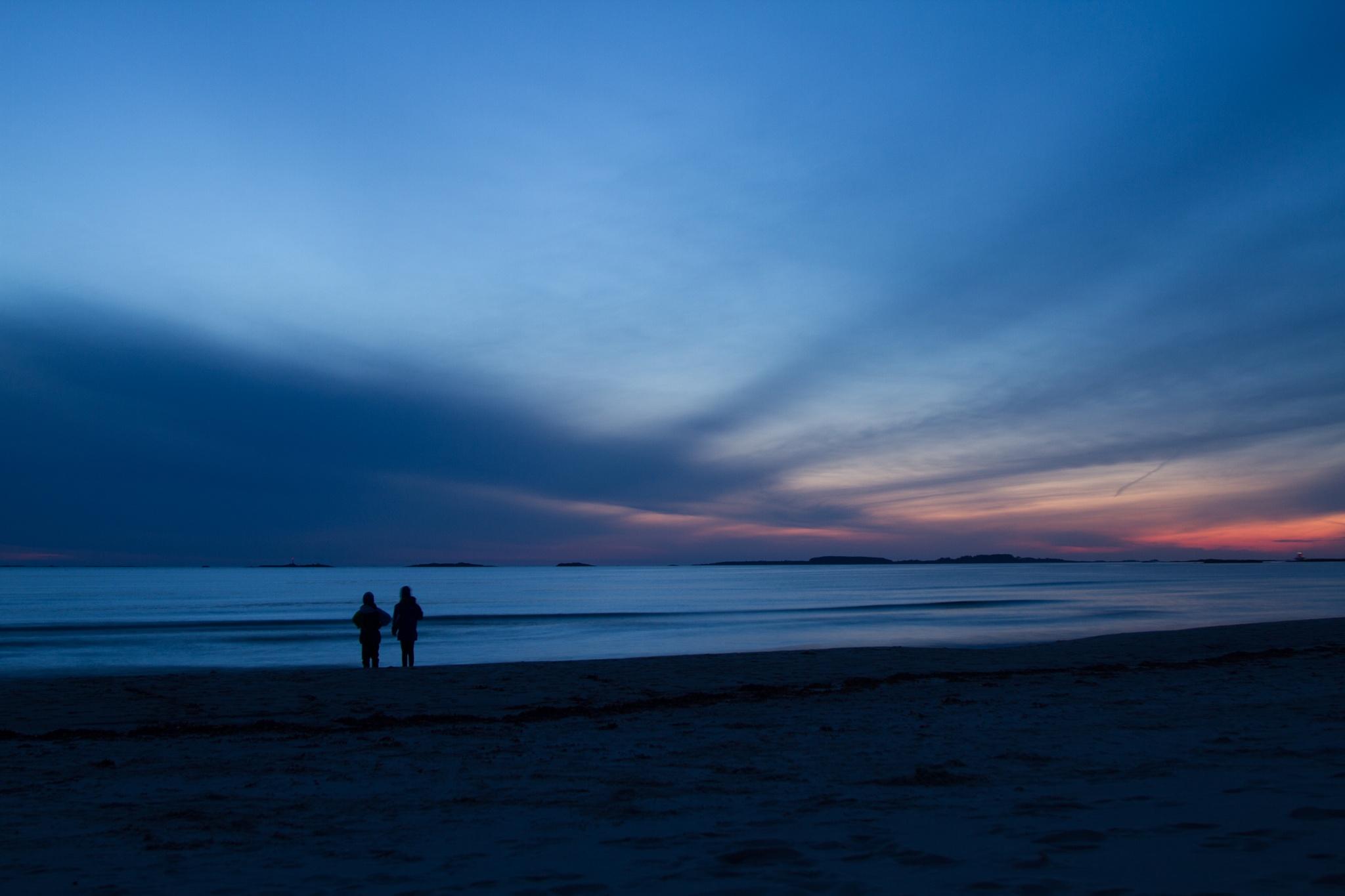 Blue sunset by KurtMisje