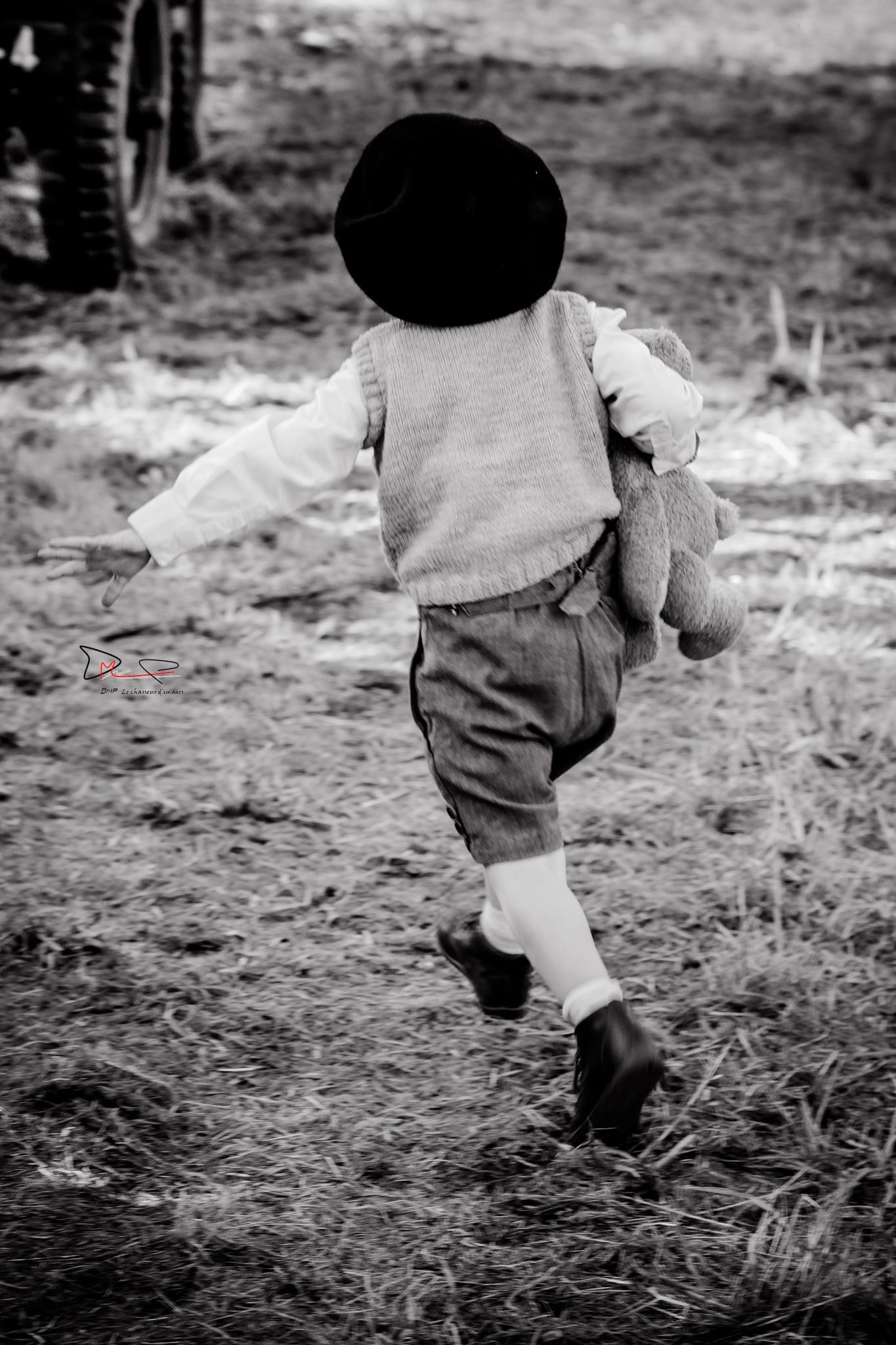 Nous étions des enfants ... ! by DMP le chasseur d'images-Photography