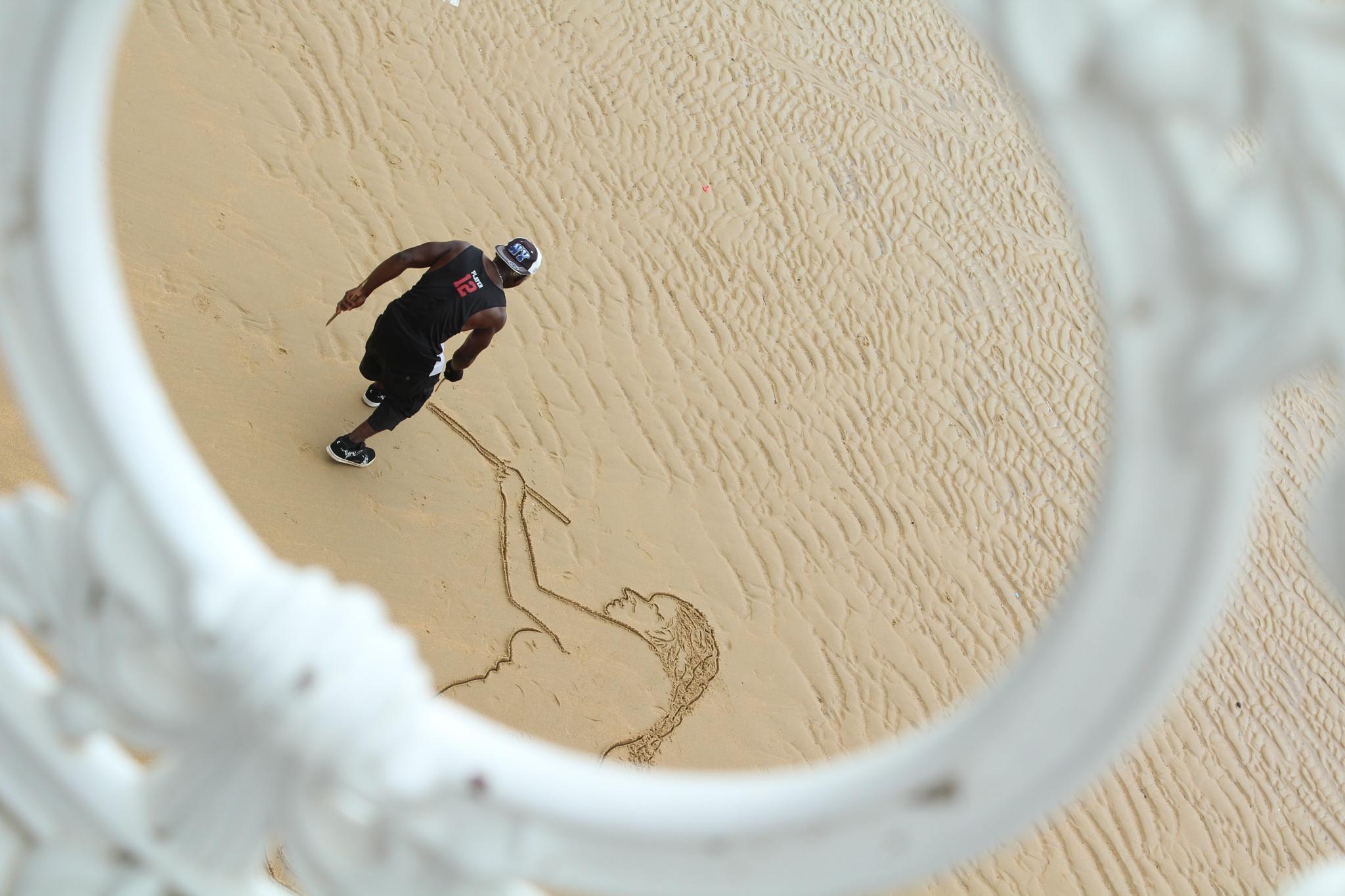 sur le sable by EmilyBy