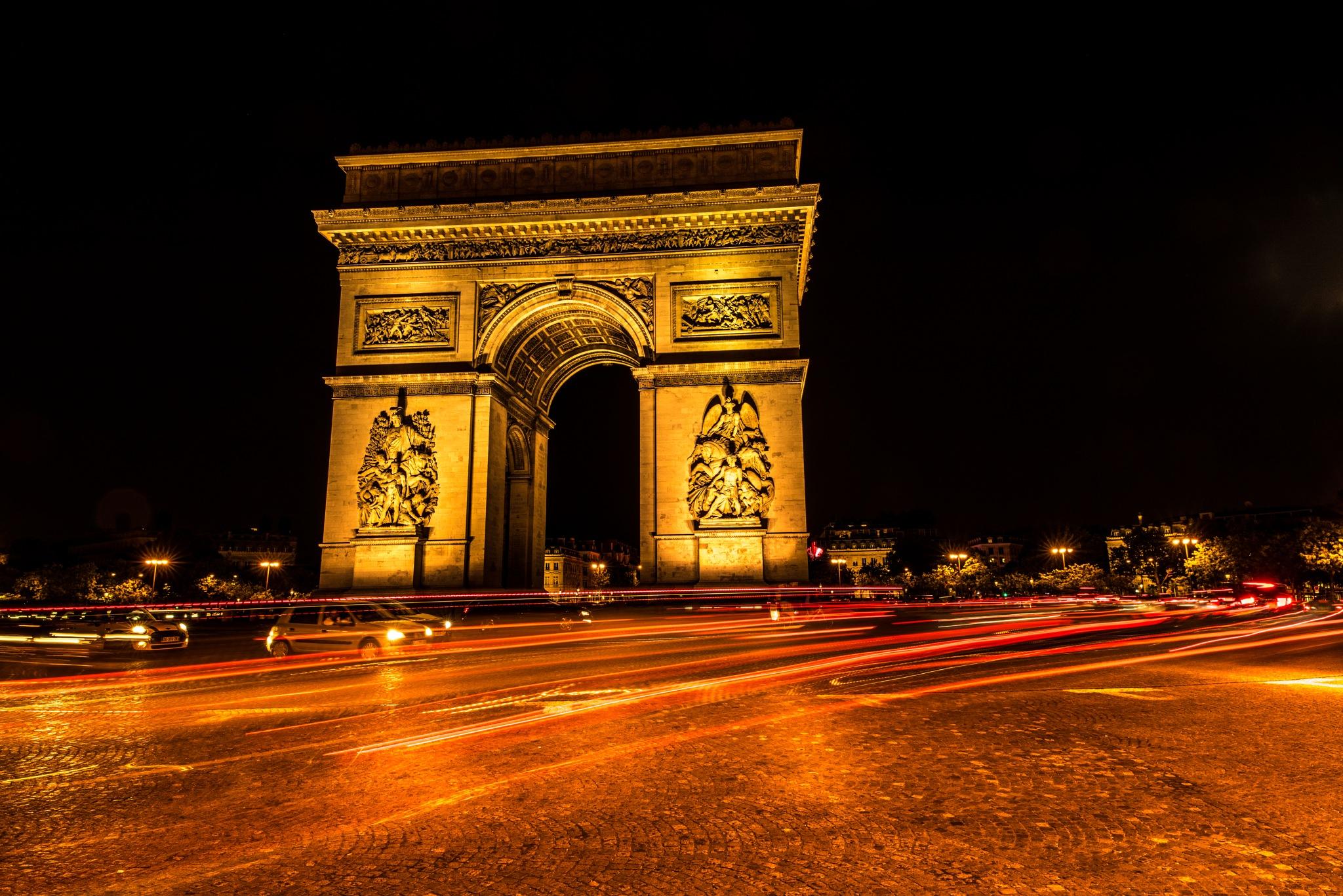 Paris at night by Anders Jorulf