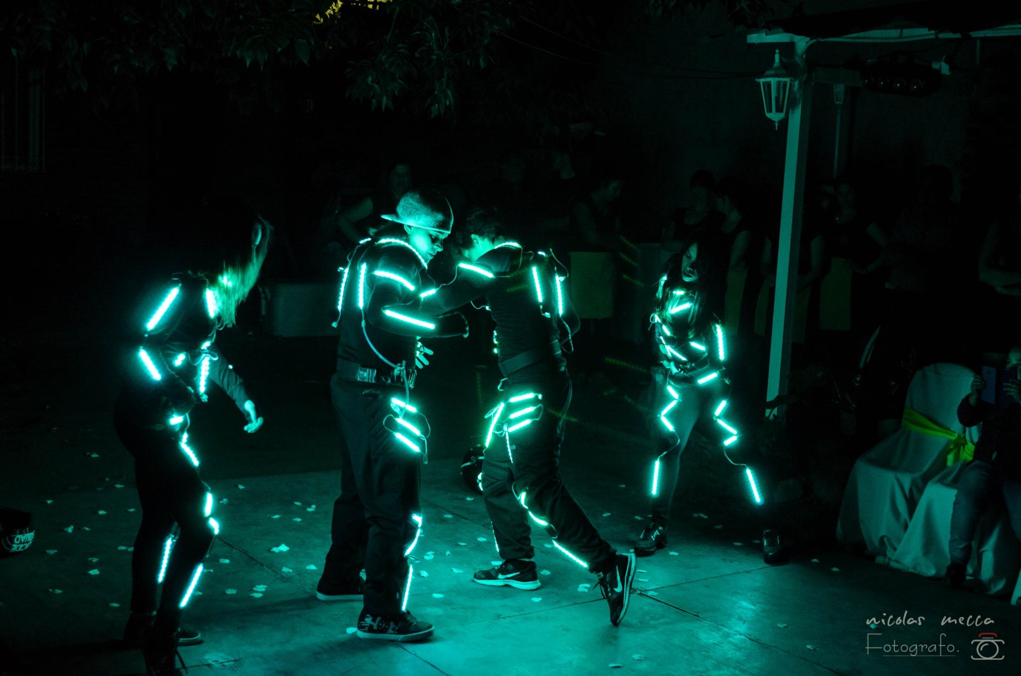 Dance  by Nicolás Andrés Mecca.