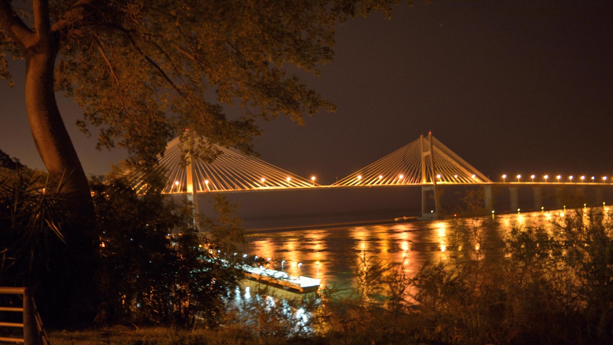 puente rosario victoria by Juan Manuel Davicco