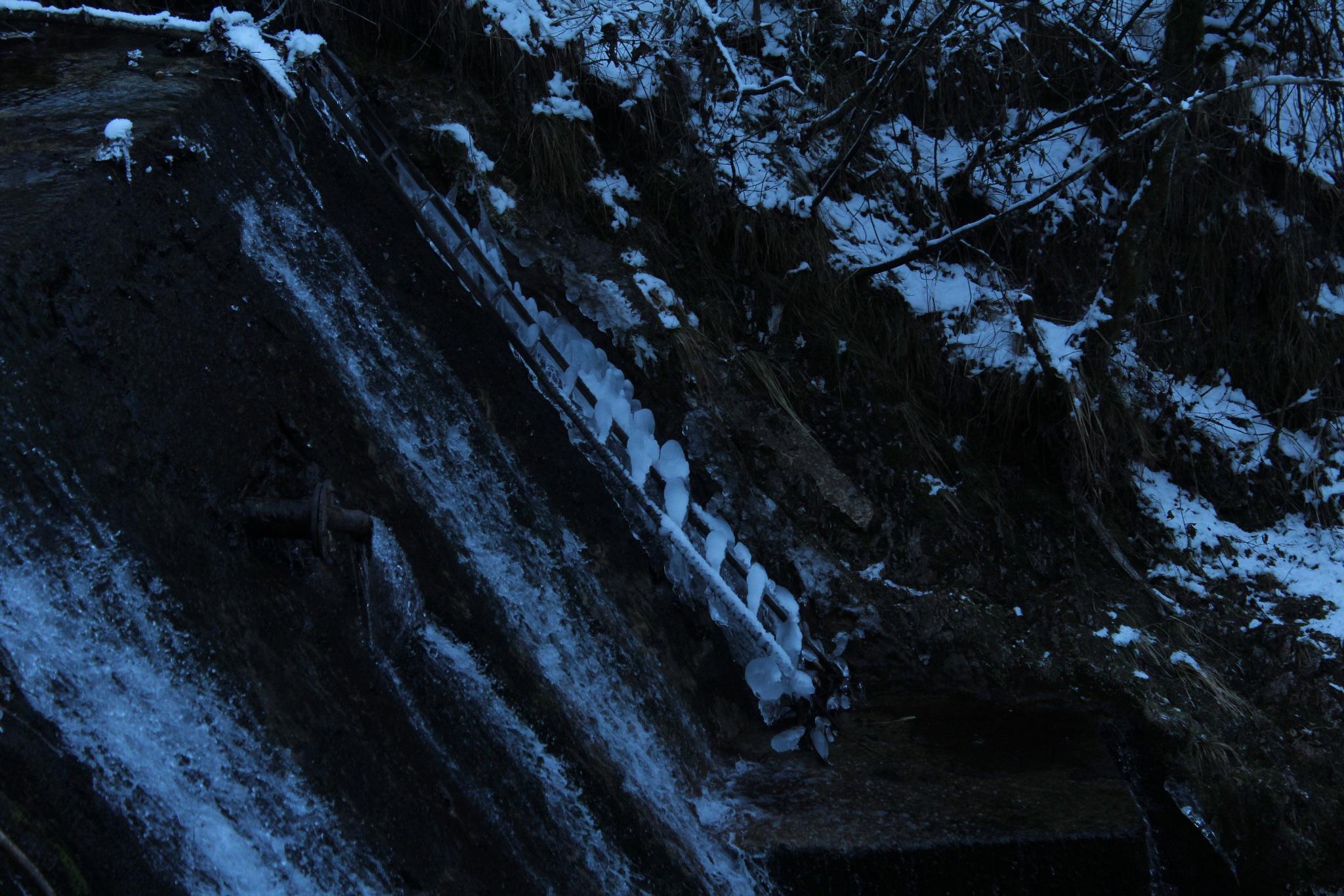 Frozen... Val Vertova BG by saraorler