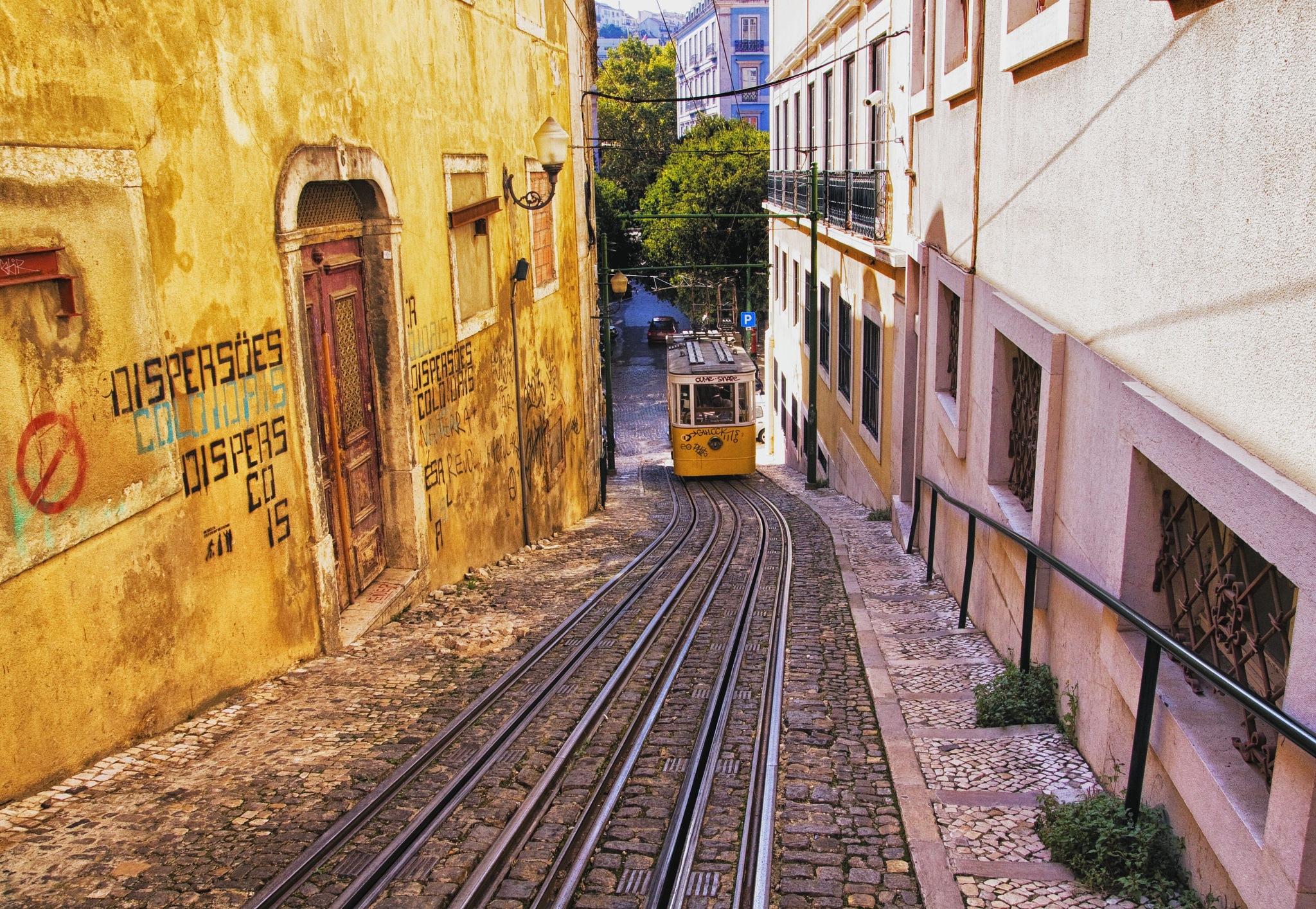 Elevador do Lavra (Lisbon) by Vítor Martins