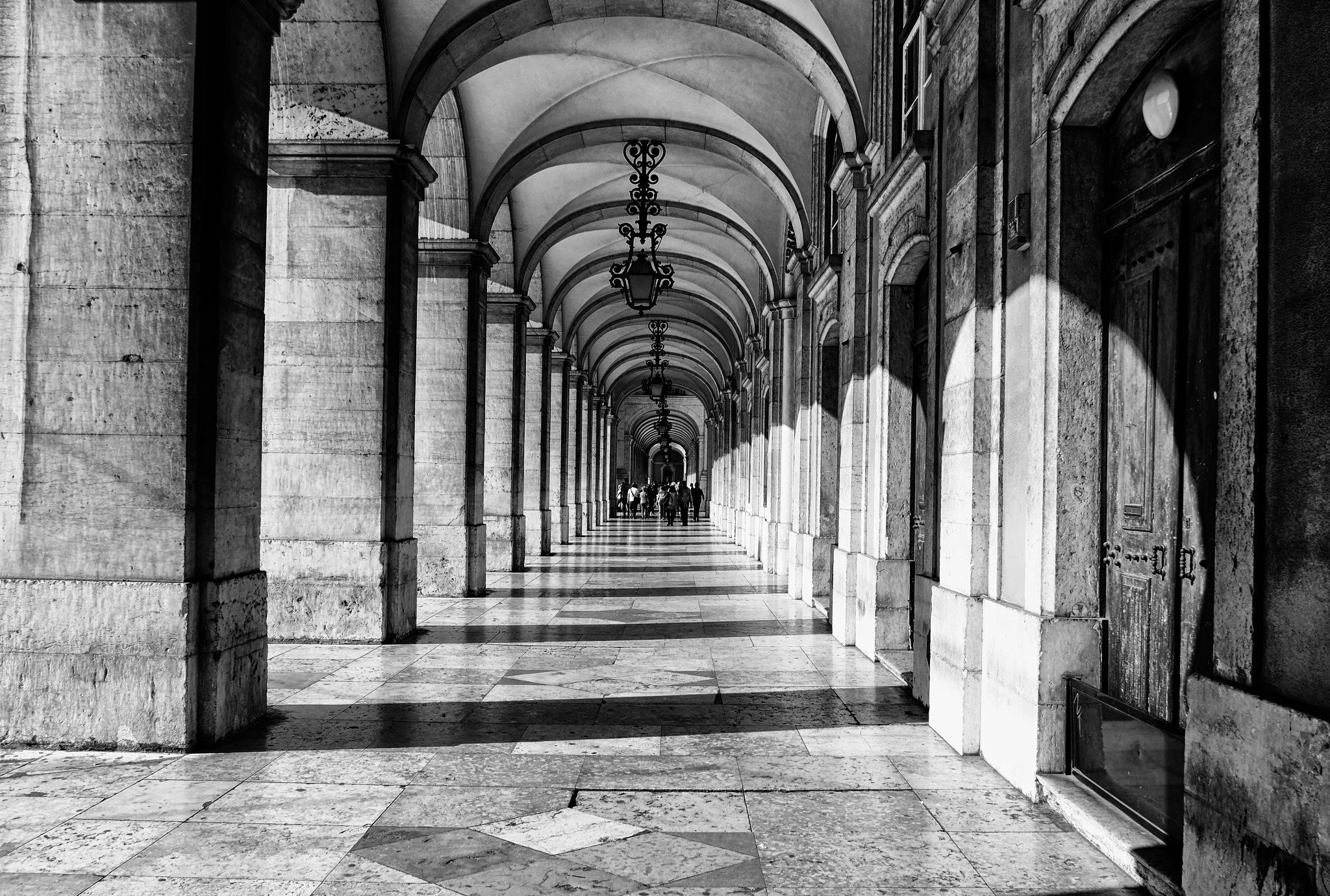 Lisbon (Praça do Comércio arcades) by Vítor Martins
