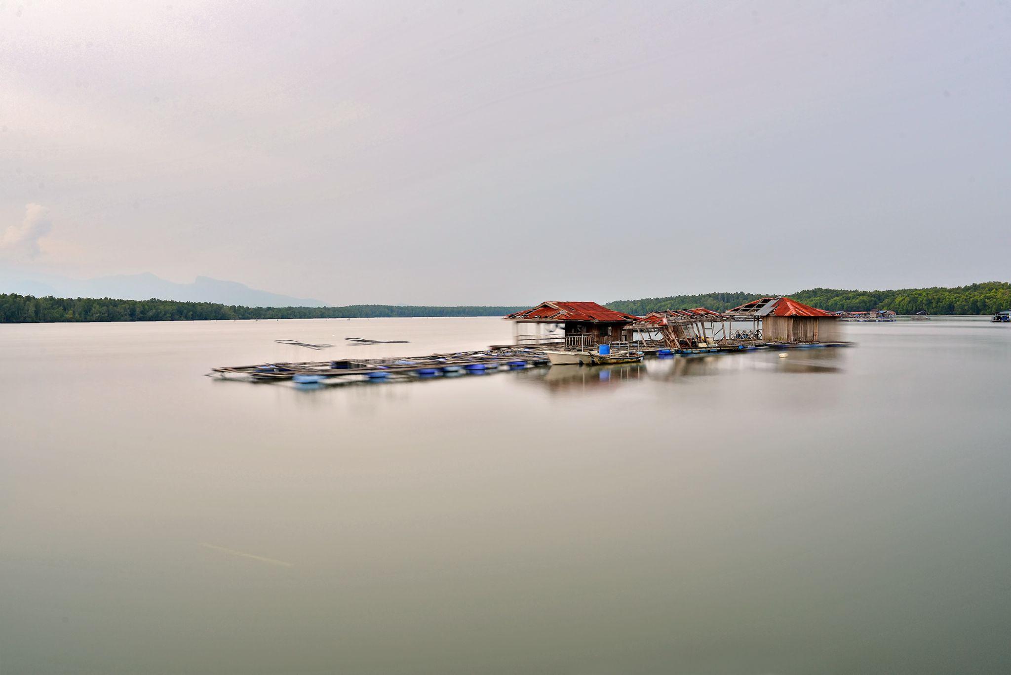 rafting by Nik Deen