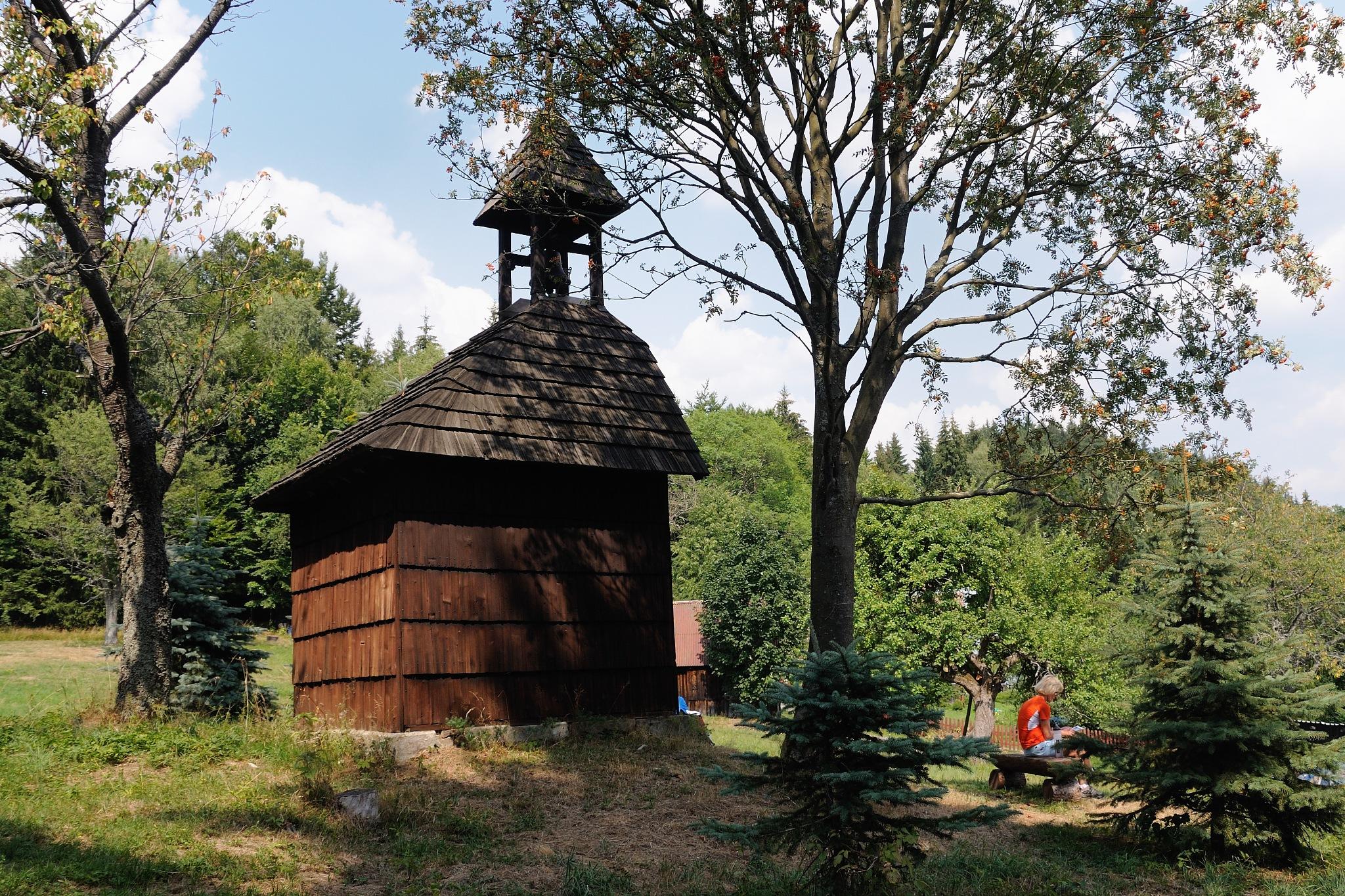 Wooden chapel by Zdenek Krchak