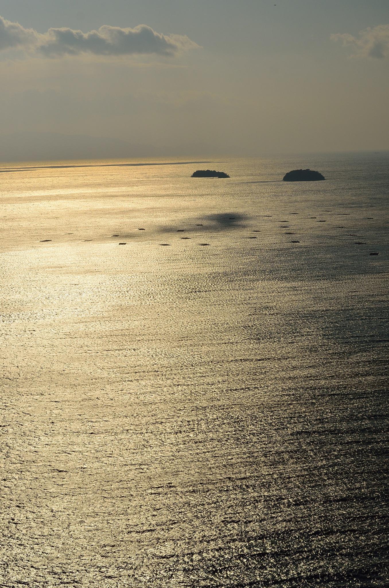 a sea by Hiroaki Hattori