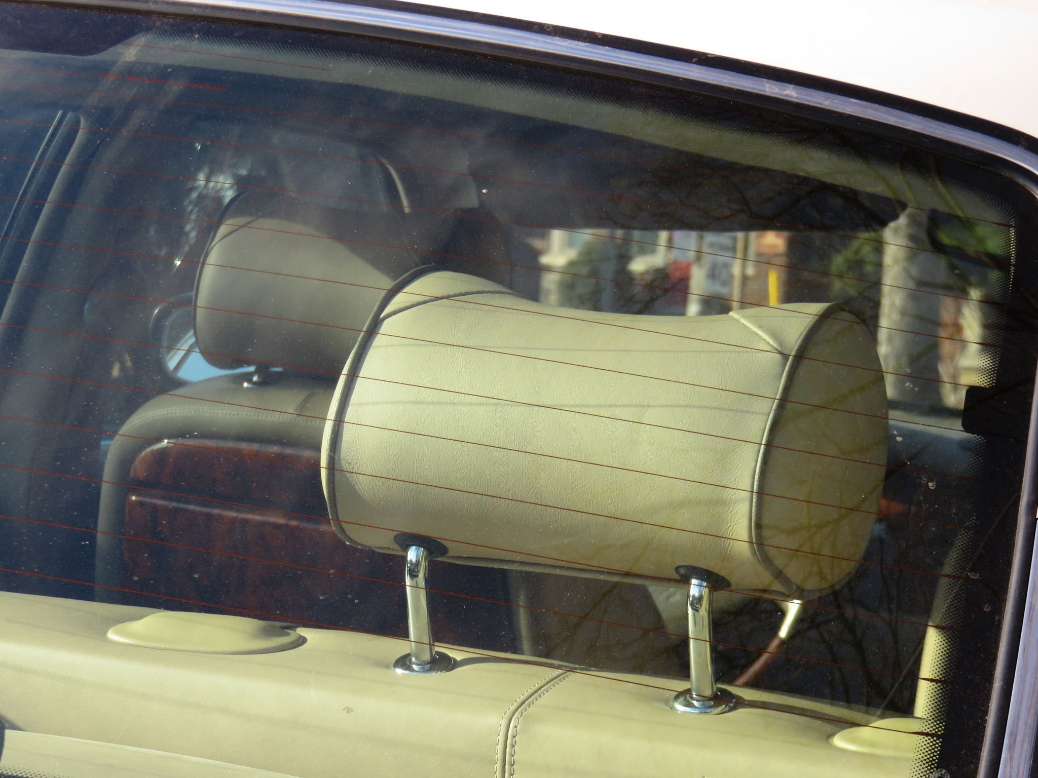 olde time comfort for those back seat drivers huh !!!! by David Devion