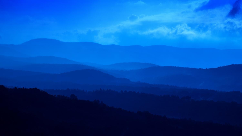 misty blues by tocktick