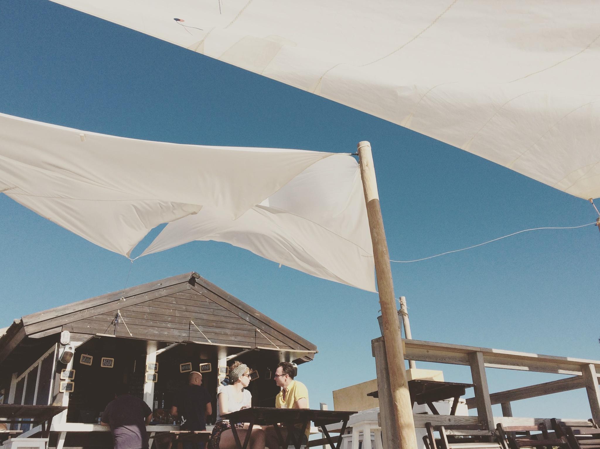 beach bar  by Ana RP