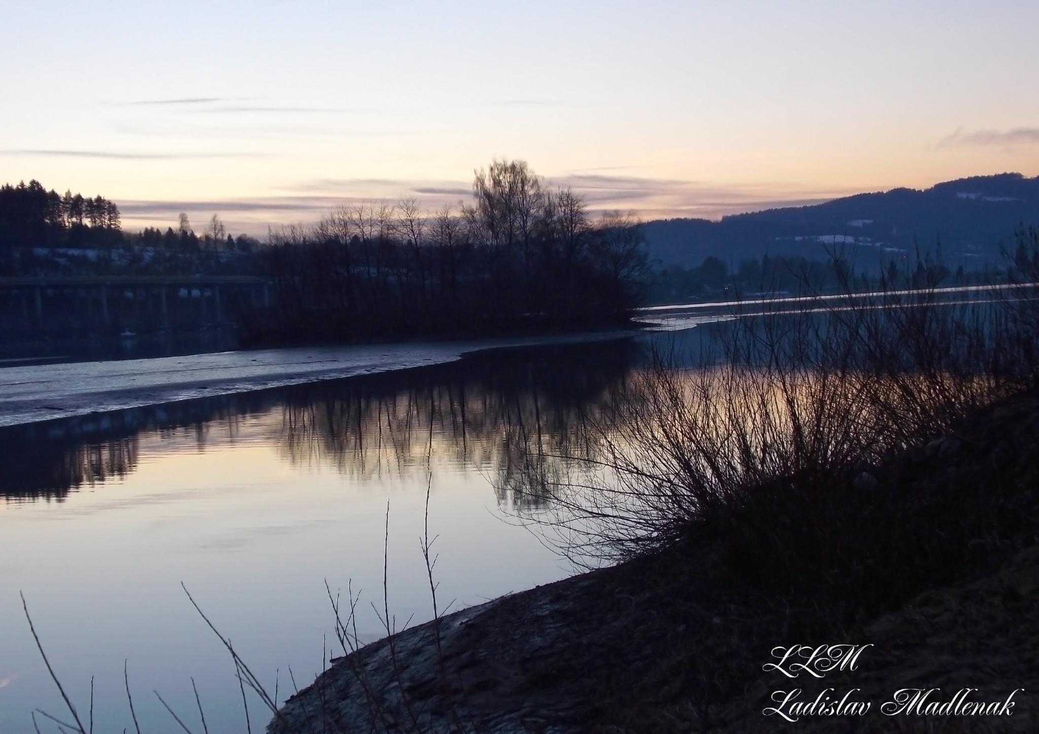 Colorful sunset by LLadislav Madlenak