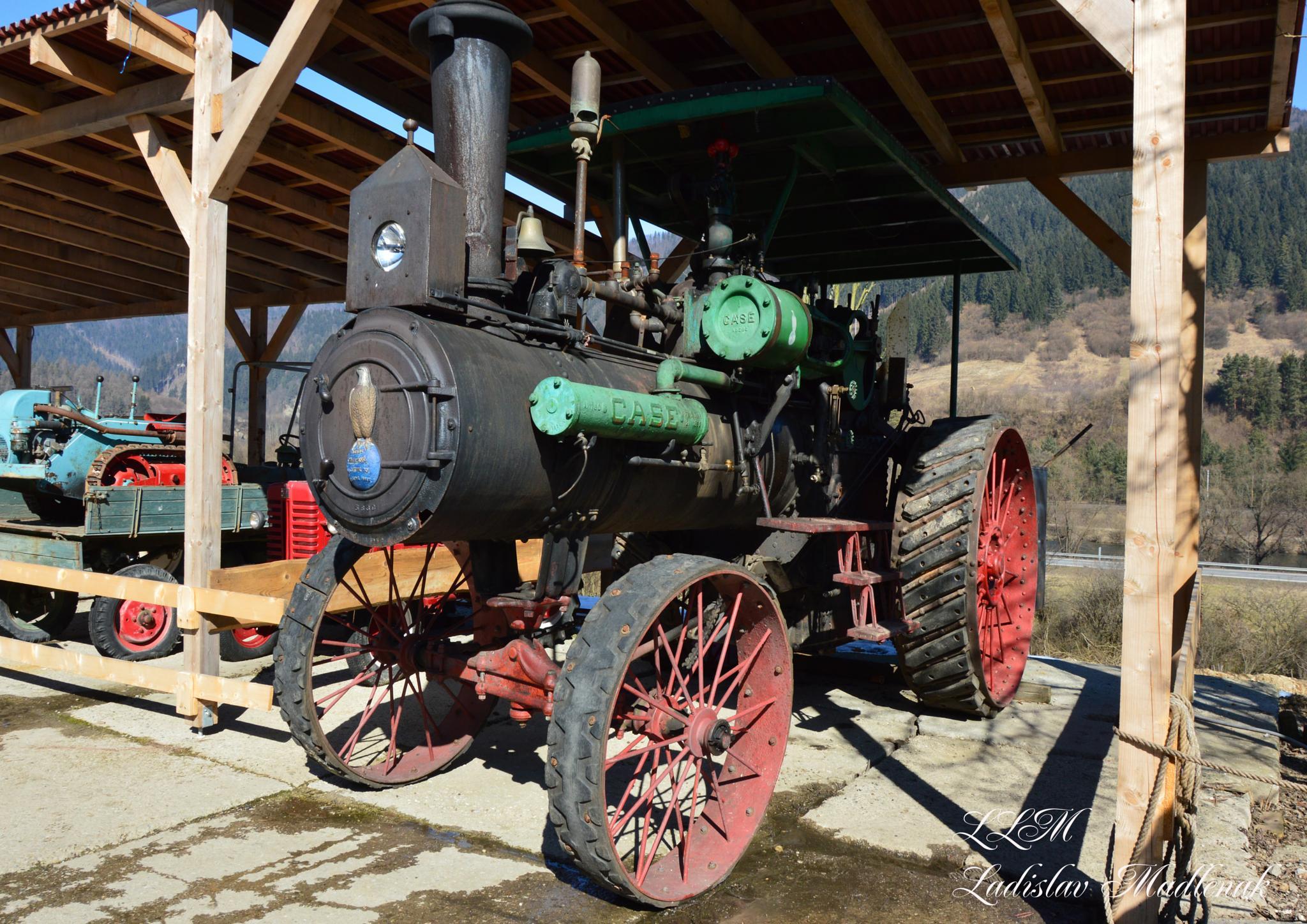 Old timer tractor by LLadislav Madlenak