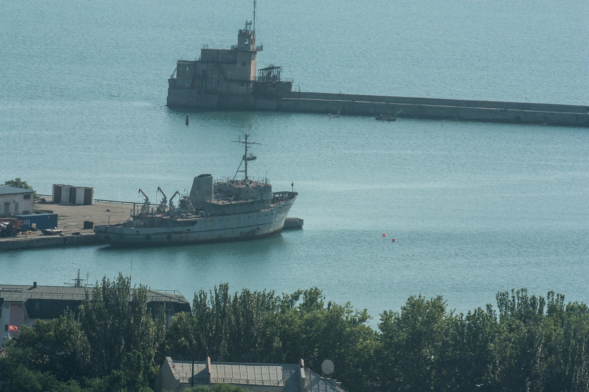 Feodosia commercial port by egorsha