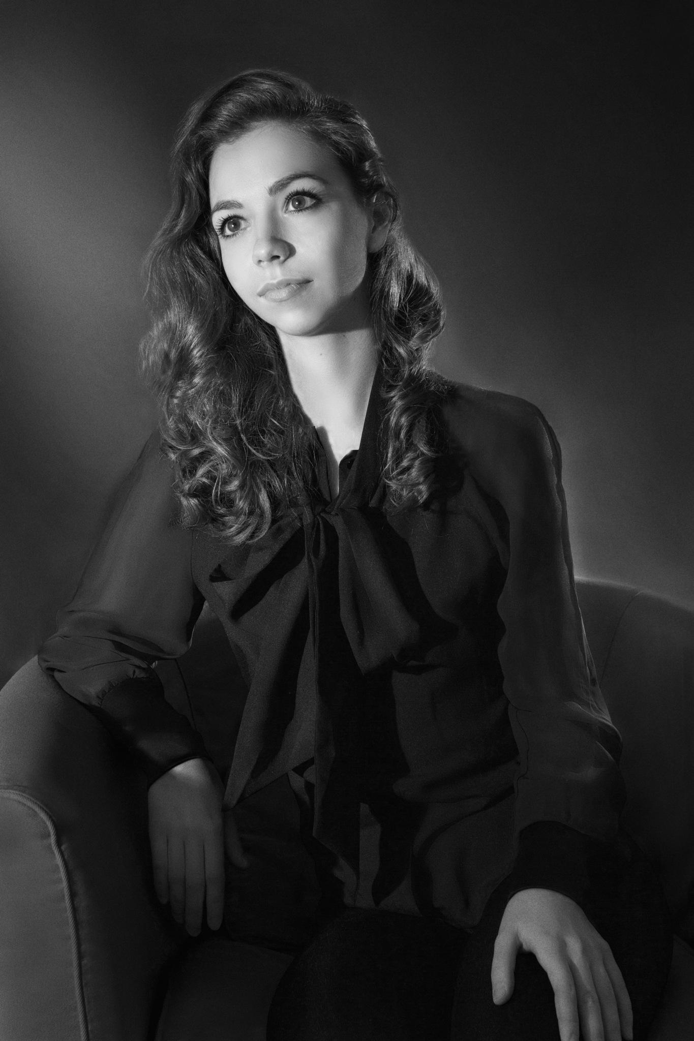Classica. Alina, an actress. by Anita Lazareva