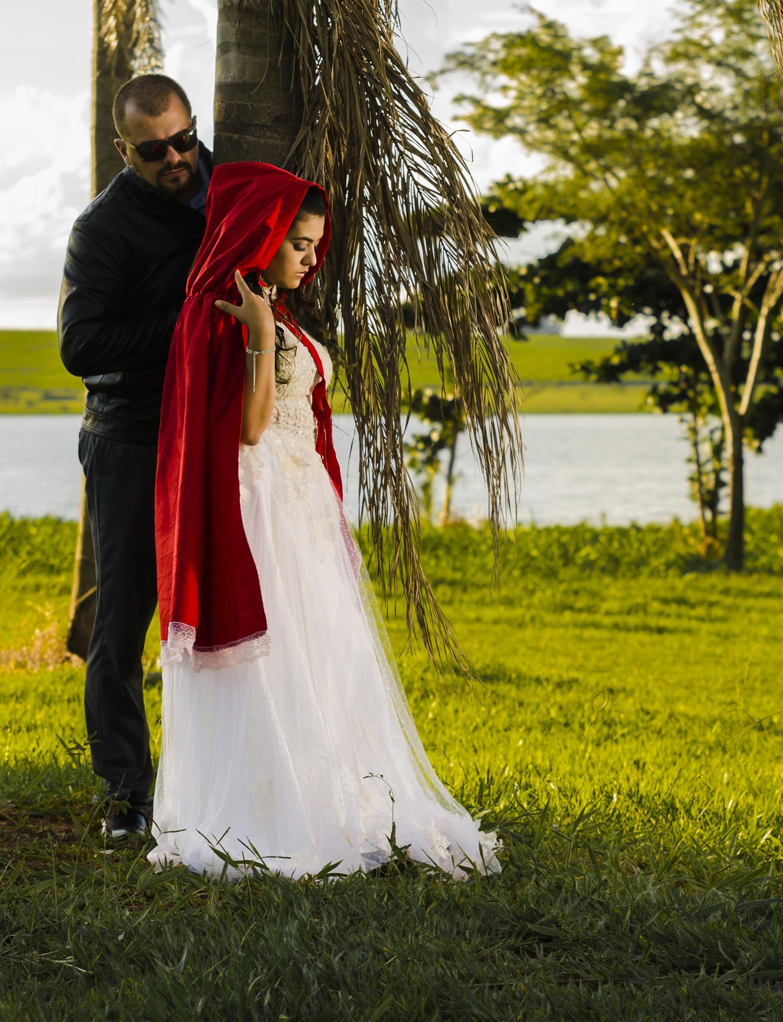 Pre wedding - Little Red Riding Hood by Geisson Rocha