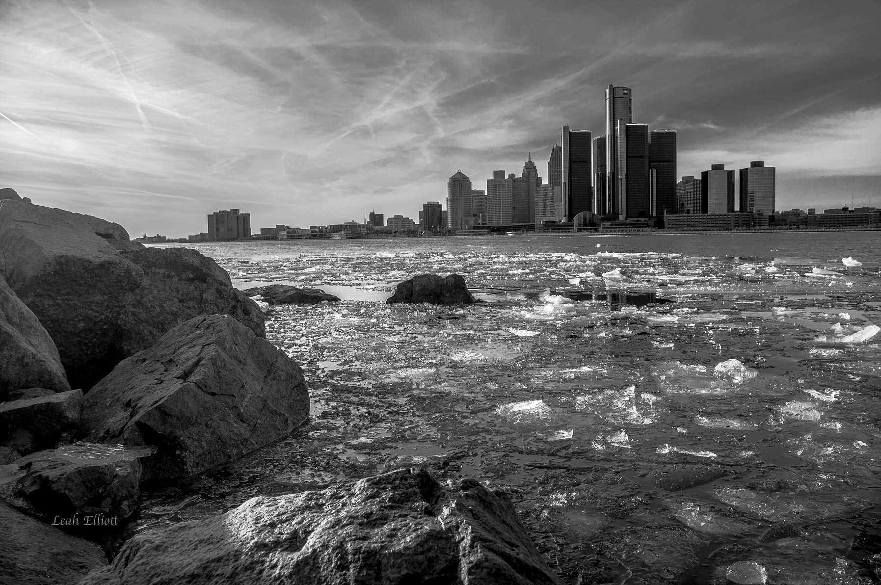 Photo in Landscape #skyline #detroit #windsor #landscape #outdoors #nature #buildings #urban #beautiful #ice