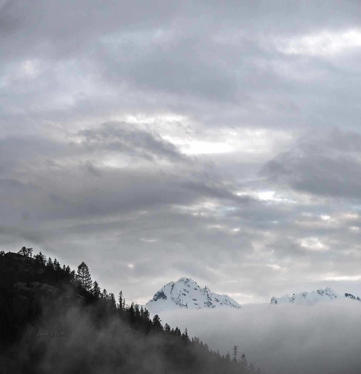 Photo in Nature #landscape #mountains #fog #beautiful #surreal #scenic #nature #peaks