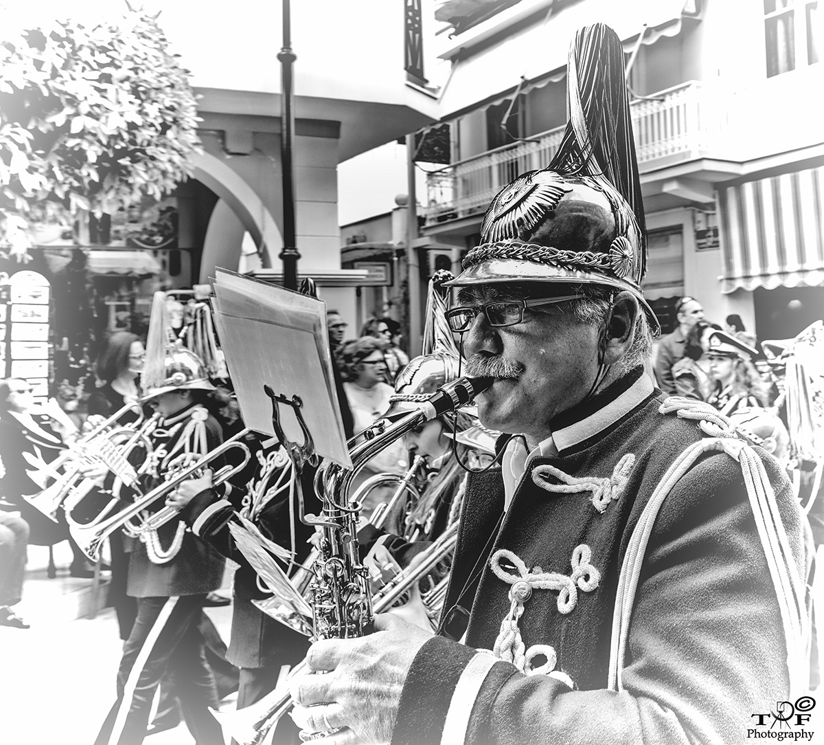 The band... by Theotokis Flemotomos