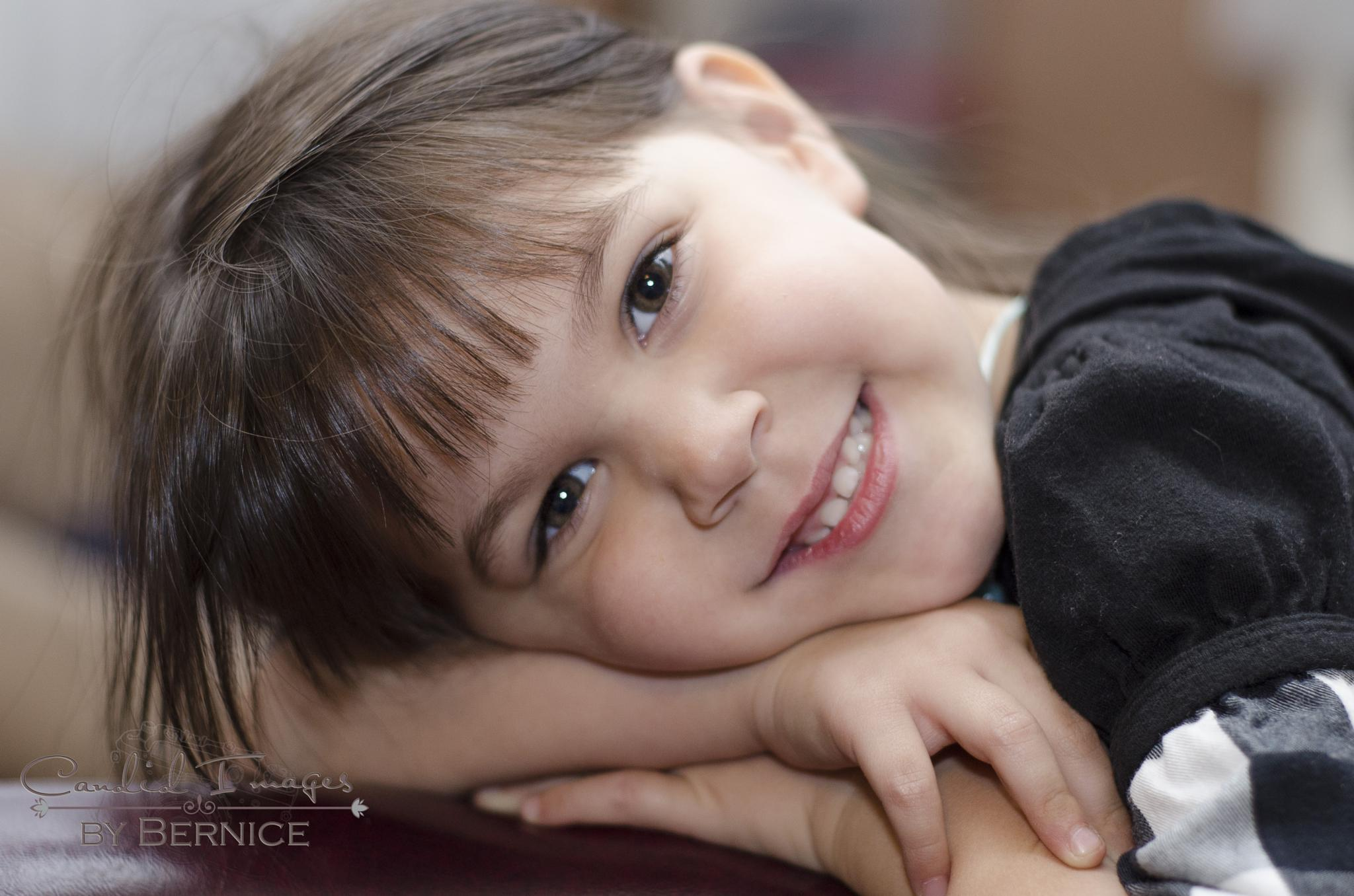 Pretty face by Bernice Thompson