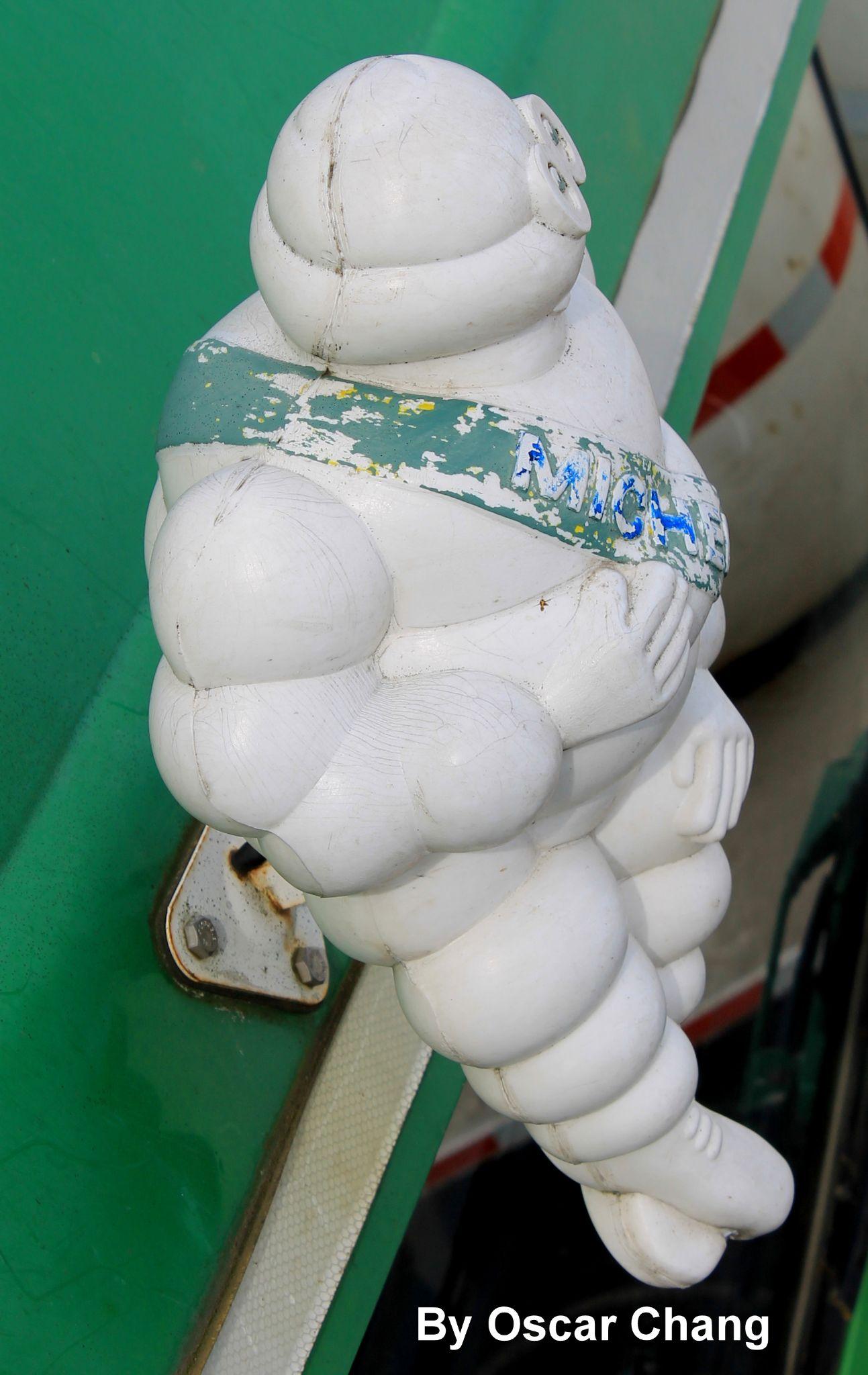 Amigo Michelin by Oscar Chang