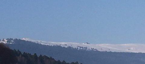 Montagne et chalet en hiver by AnneDominique