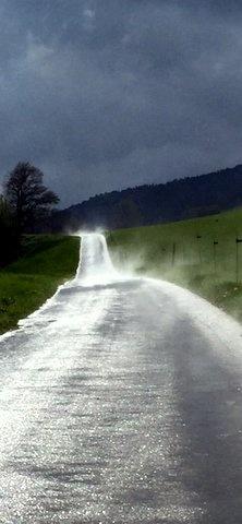 Condensation sur la route by AnneDominique