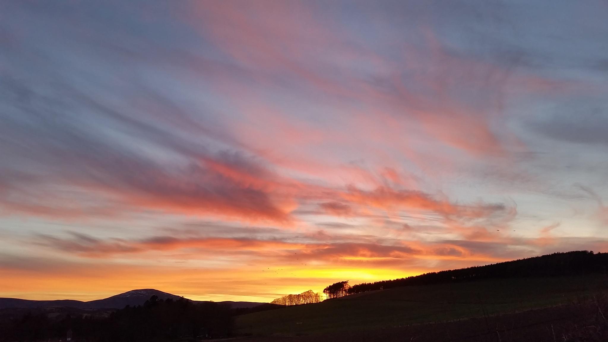 Cromar sunset by PaulAnderson