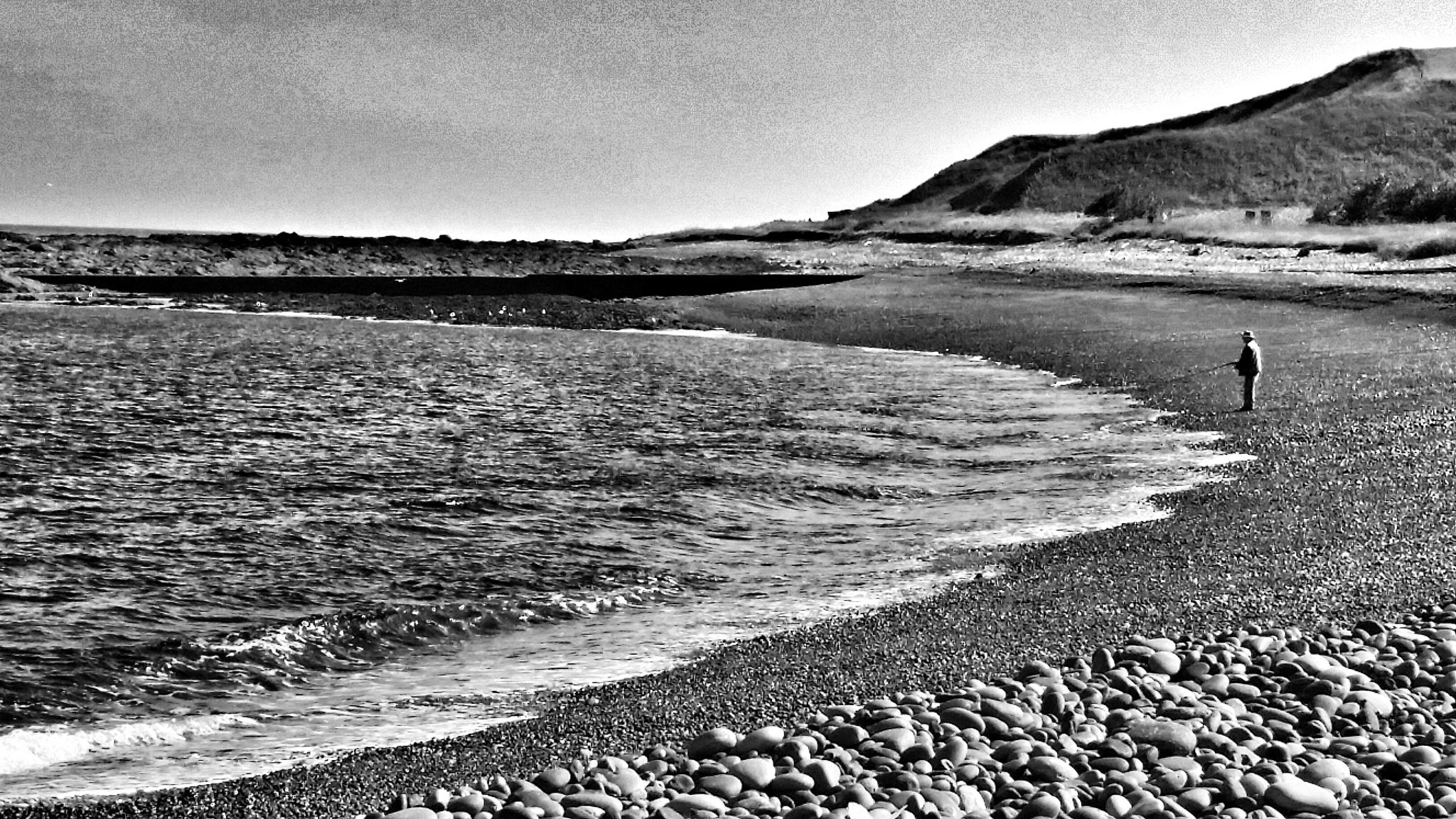 Inverbervie beach by PaulAnderson