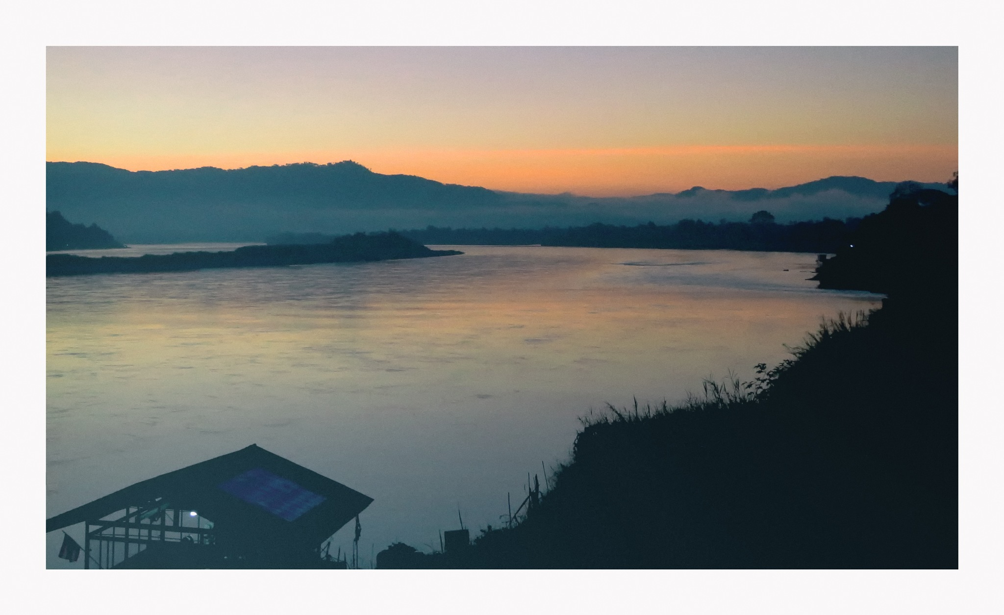 Chiang Khong by b17