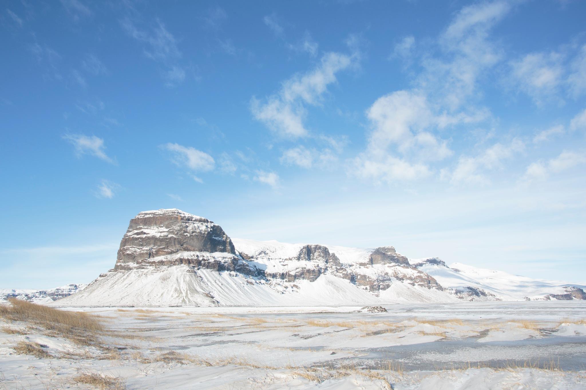 Iceland's Landscape by JoseSenna