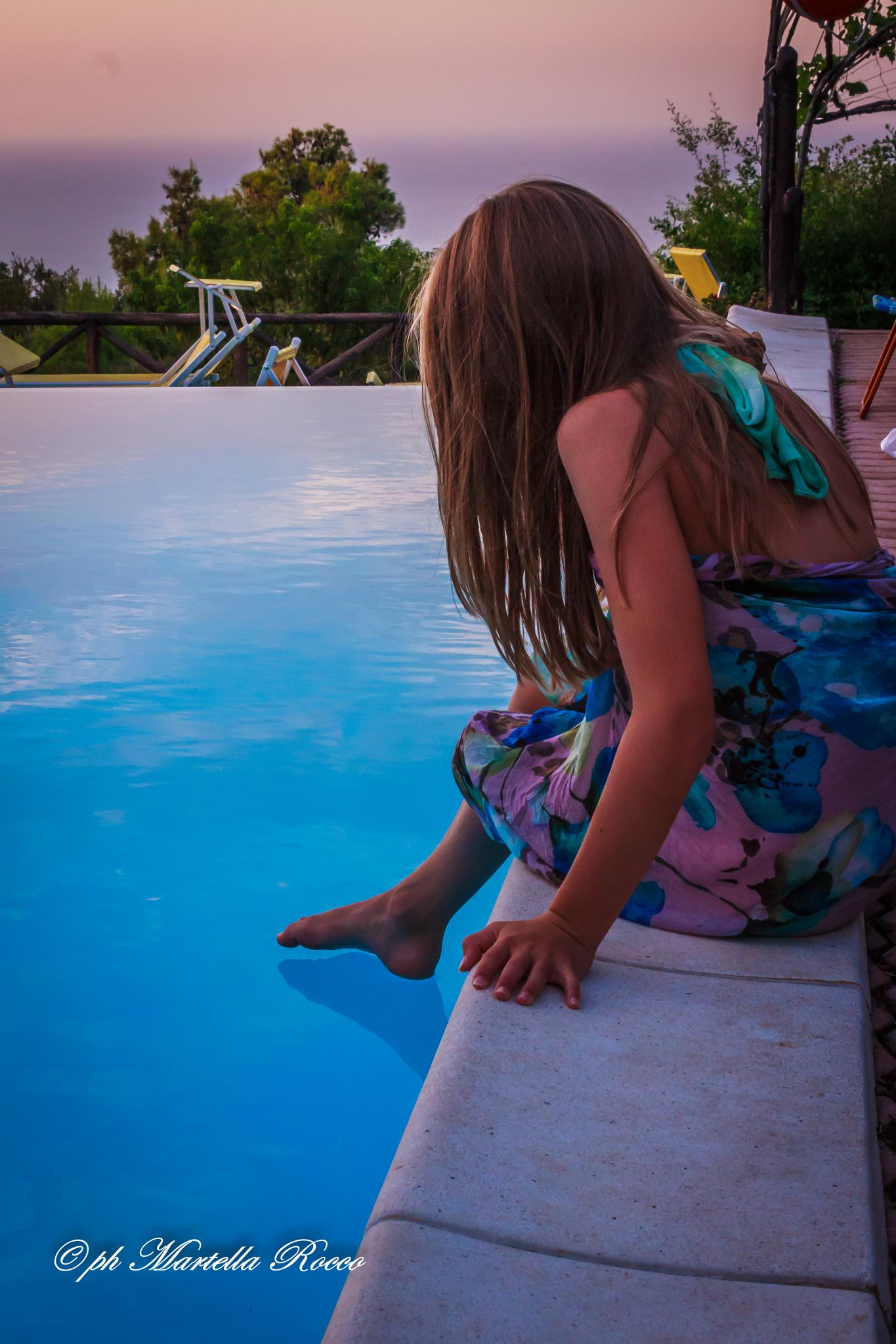 waiting for the sunset on the pool by PhotoM.R.60D
