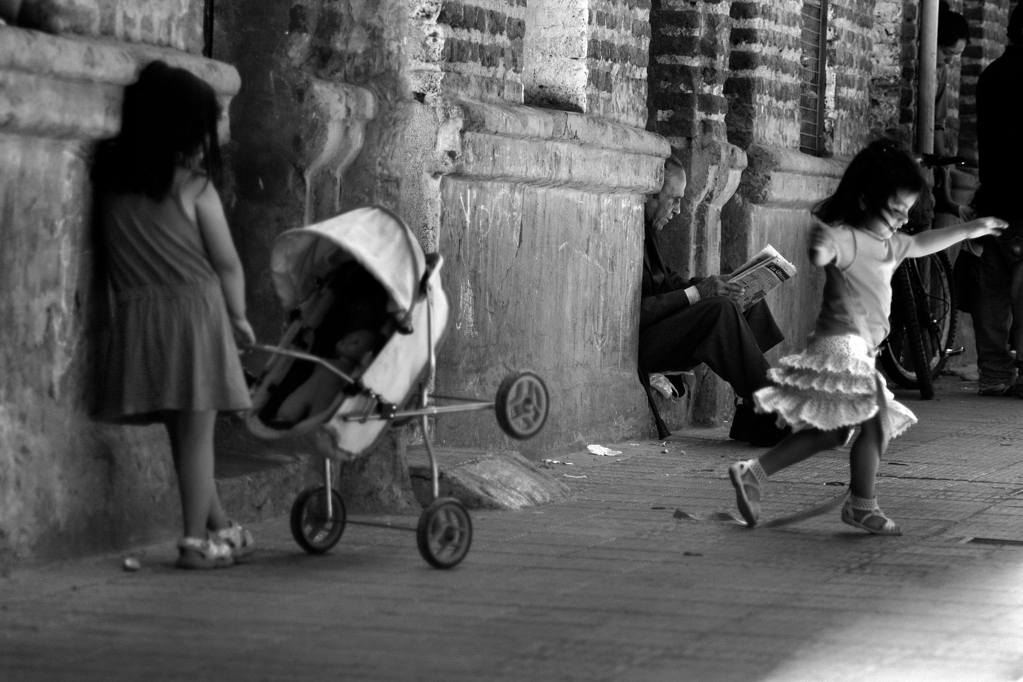 Vida de Barrio by Paula Navarro
