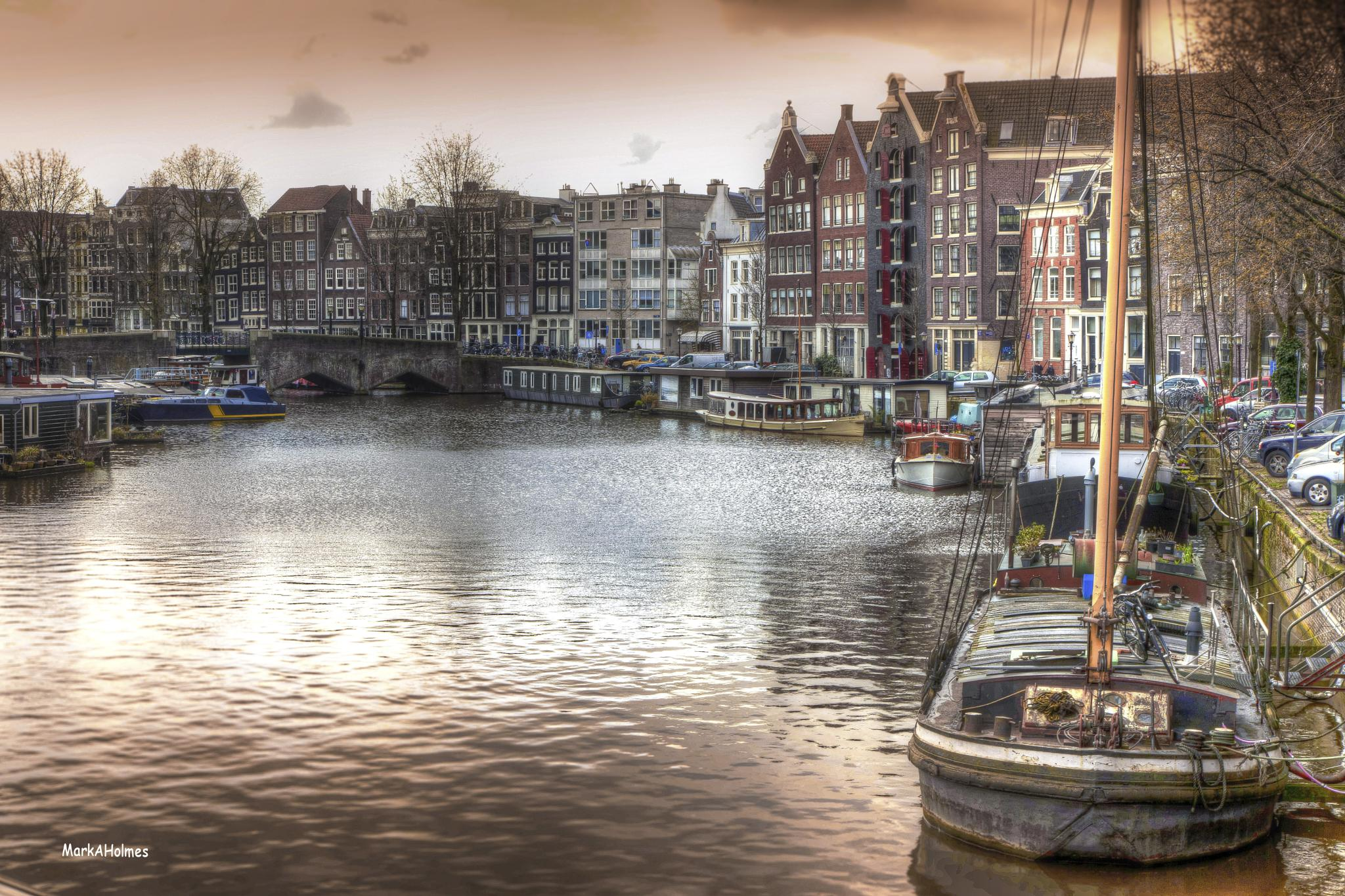 Evening in Amsterdam by markanthony