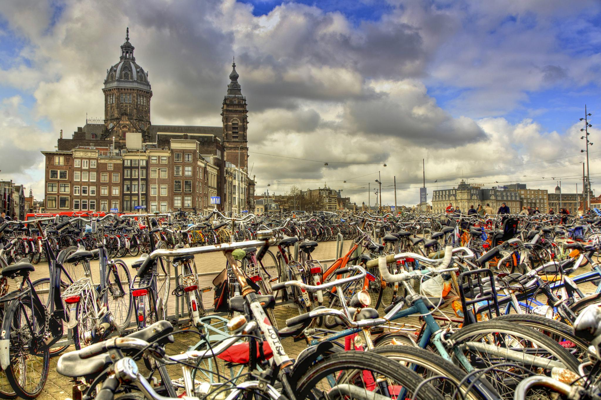 Bicycles in Amsterdam by markanthony