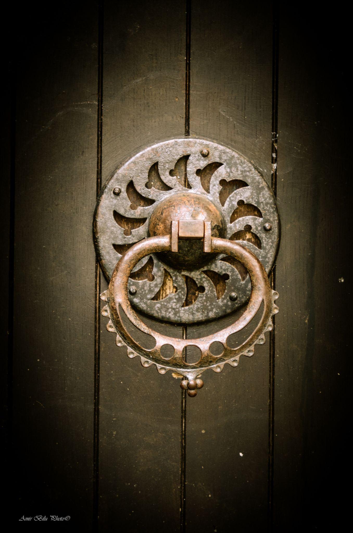 Knock by Amir Bilu