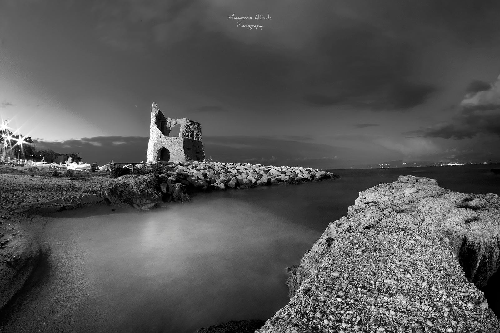 La torretta  by Alfredo Maccarrone