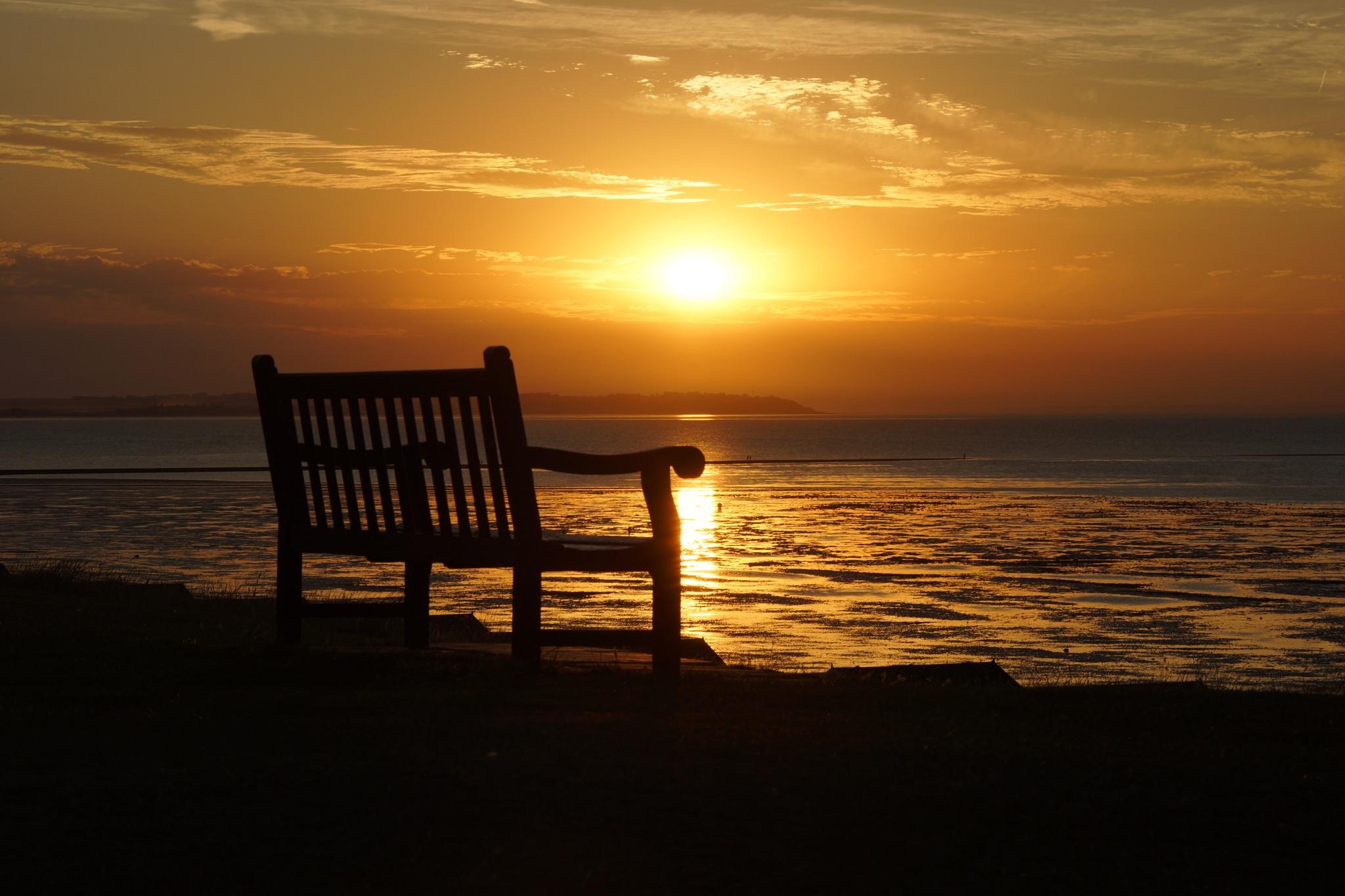 Sunset bench by Steve Kent