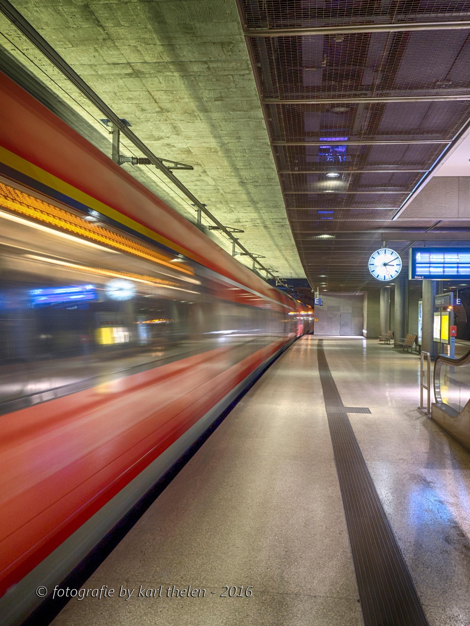 rail station by karl hotz-thelen