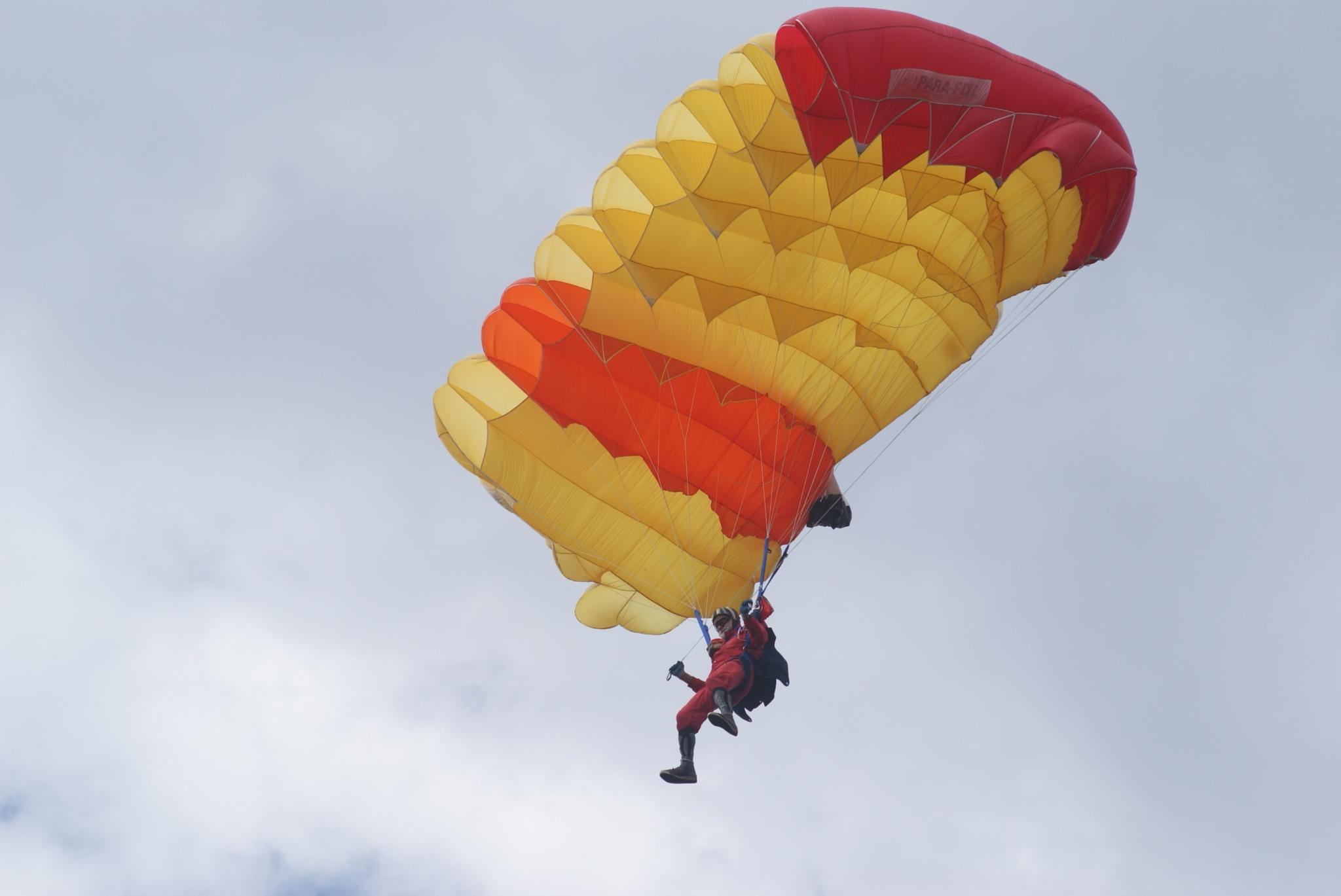 Paracadutismo sportivo by meiferdinando