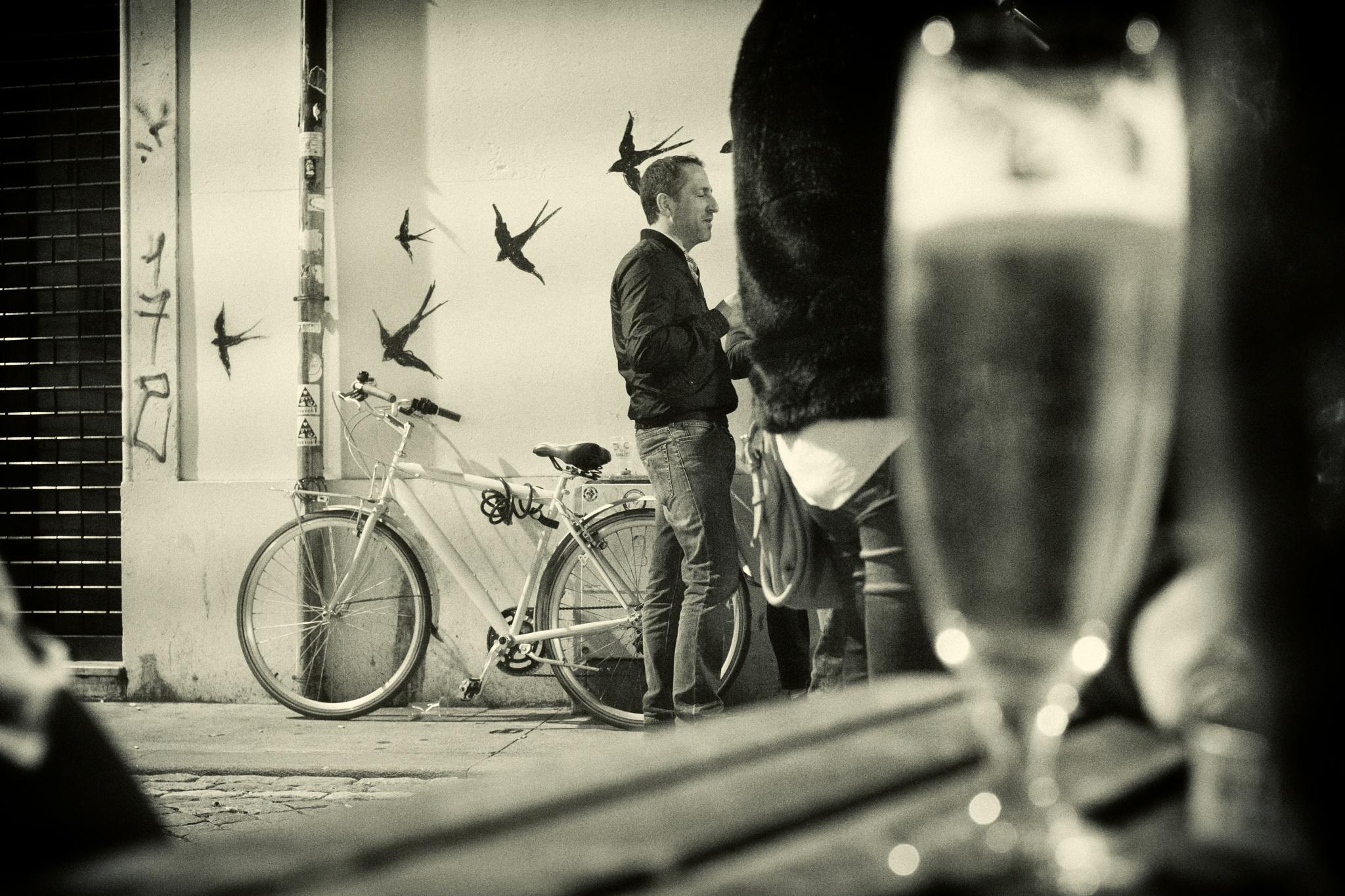 Photo in Urban #birds #bike #beer #night #city #street