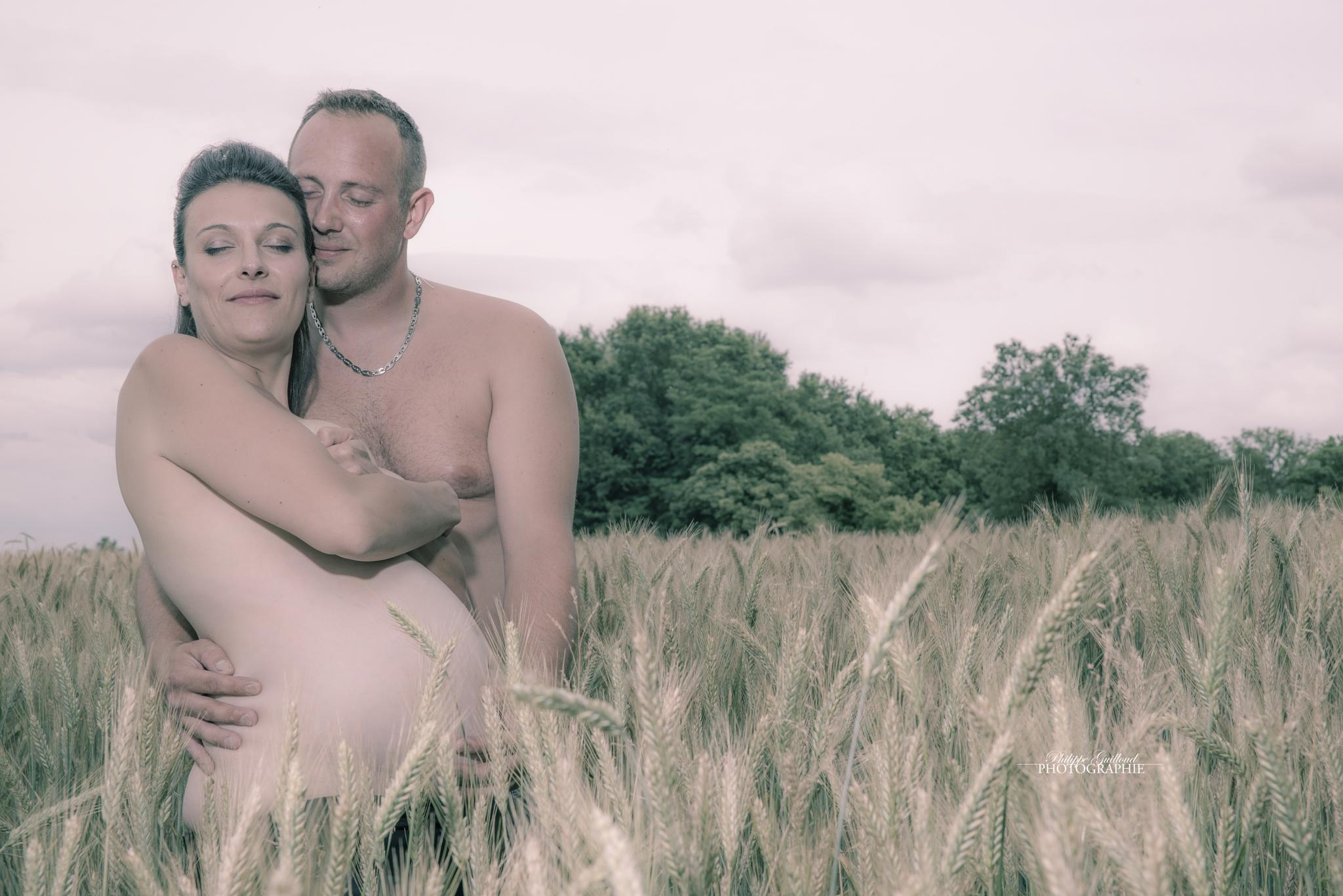 Pregnancy by Philippe Guilloud
