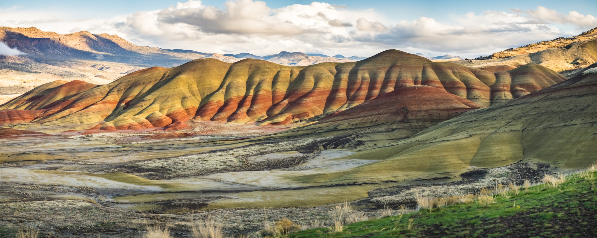 Painted Hills by DivingMeCrazy