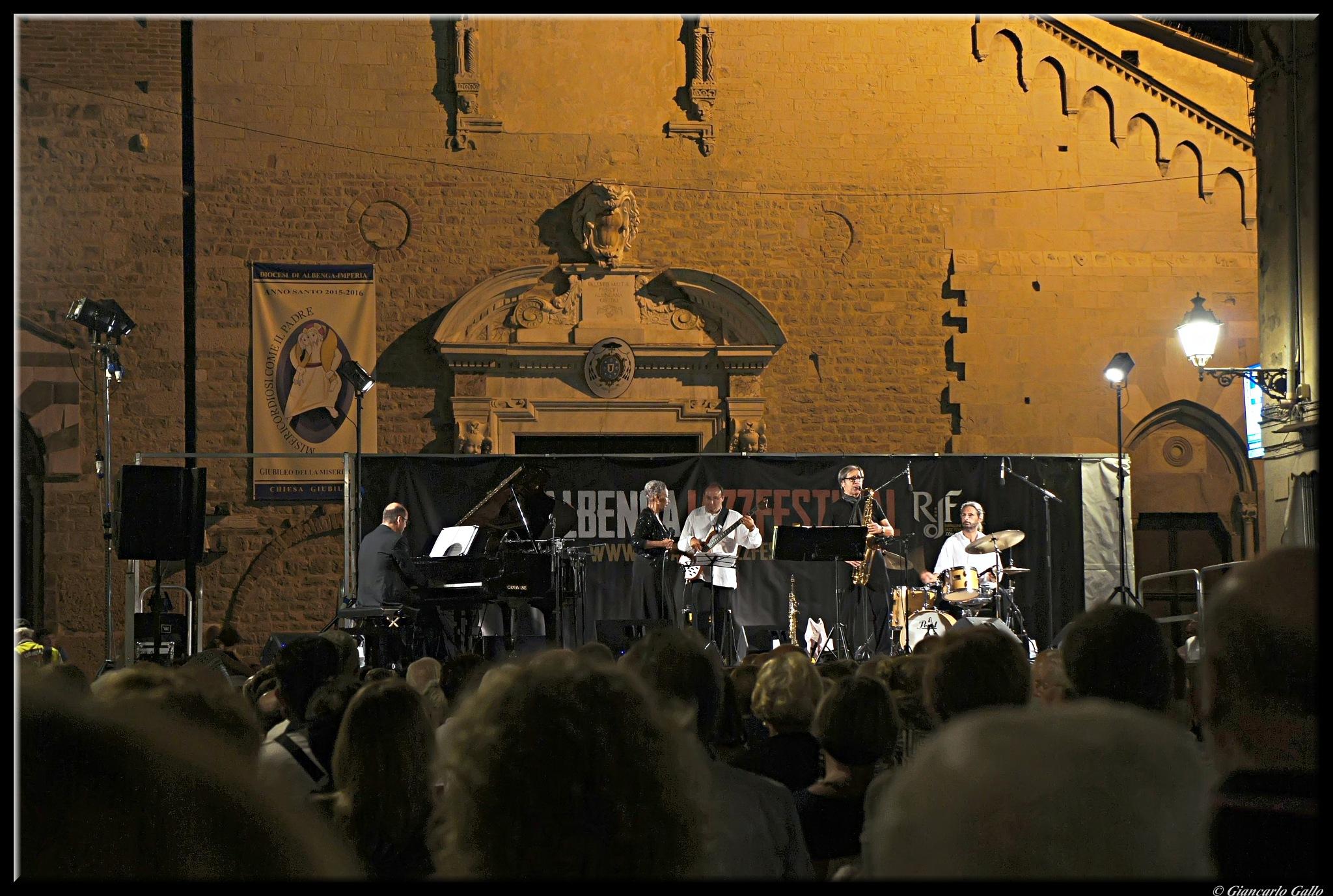Sandy Patton & Four for Sandy by Giancarlo Gallo