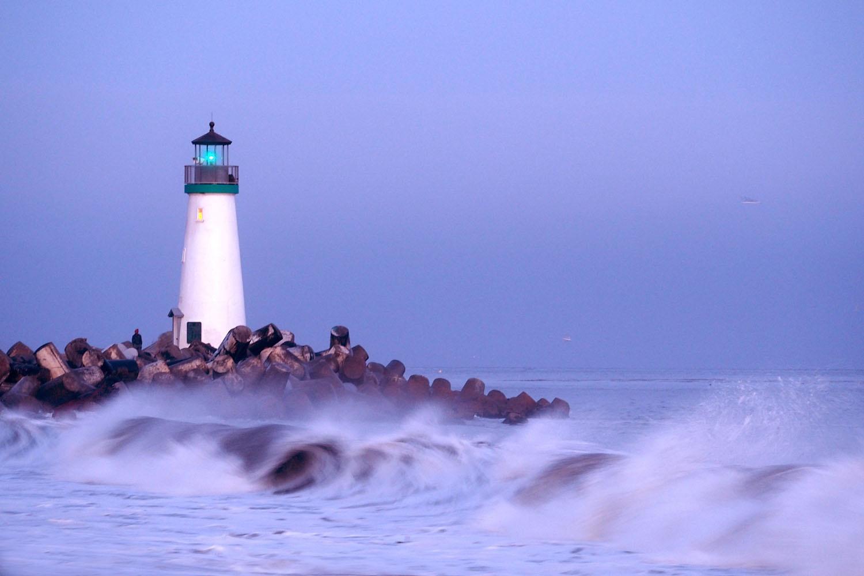 Lighthouse by RickyPan