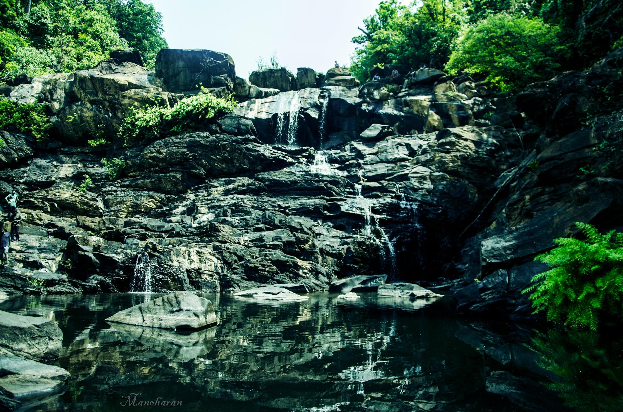 goodangundi falls  by Manoharan sakthivel