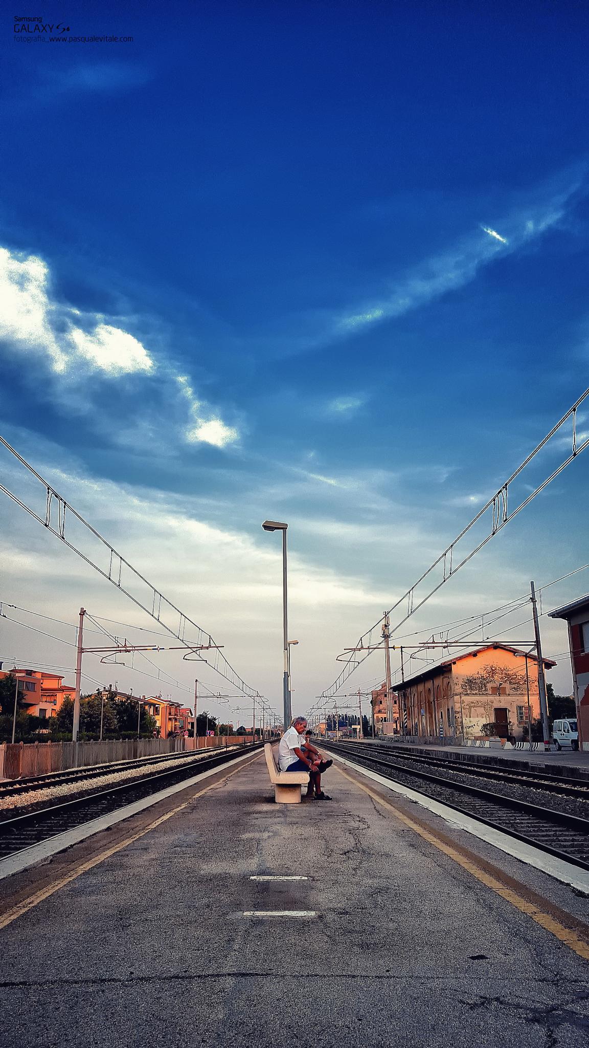 L'attesa by Pasquale Vitale